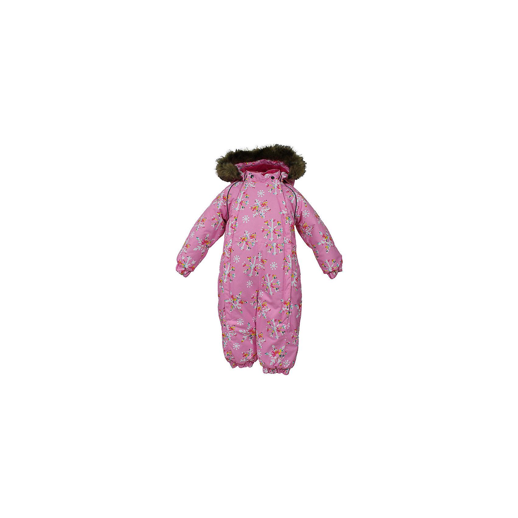 Комбинезон KEIRA HuppaВерхняя одежда<br>Комбинезон для малышей KEIRA.Водо и воздухонепроницаемость 5 000.Подкладка фланель 100% хлопок.Утеплитель 300 гр.Манжеты с отворотом у размеров 68-80.Манжеты рукавов на резинке.Манжеты брюк на резинке.Добавлены петли. Отстегивающийся капюшон с мехом.Все шы проклеены.Имеются светоотражательные элементы.<br>Состав:<br>100% Полиэстер<br><br>Ширина мм: 356<br>Глубина мм: 10<br>Высота мм: 245<br>Вес г: 519<br>Цвет: розовый<br>Возраст от месяцев: 3<br>Возраст до месяцев: 6<br>Пол: Унисекс<br>Возраст: Детский<br>Размер: 68,104,74,80,86,92,98<br>SKU: 7025351