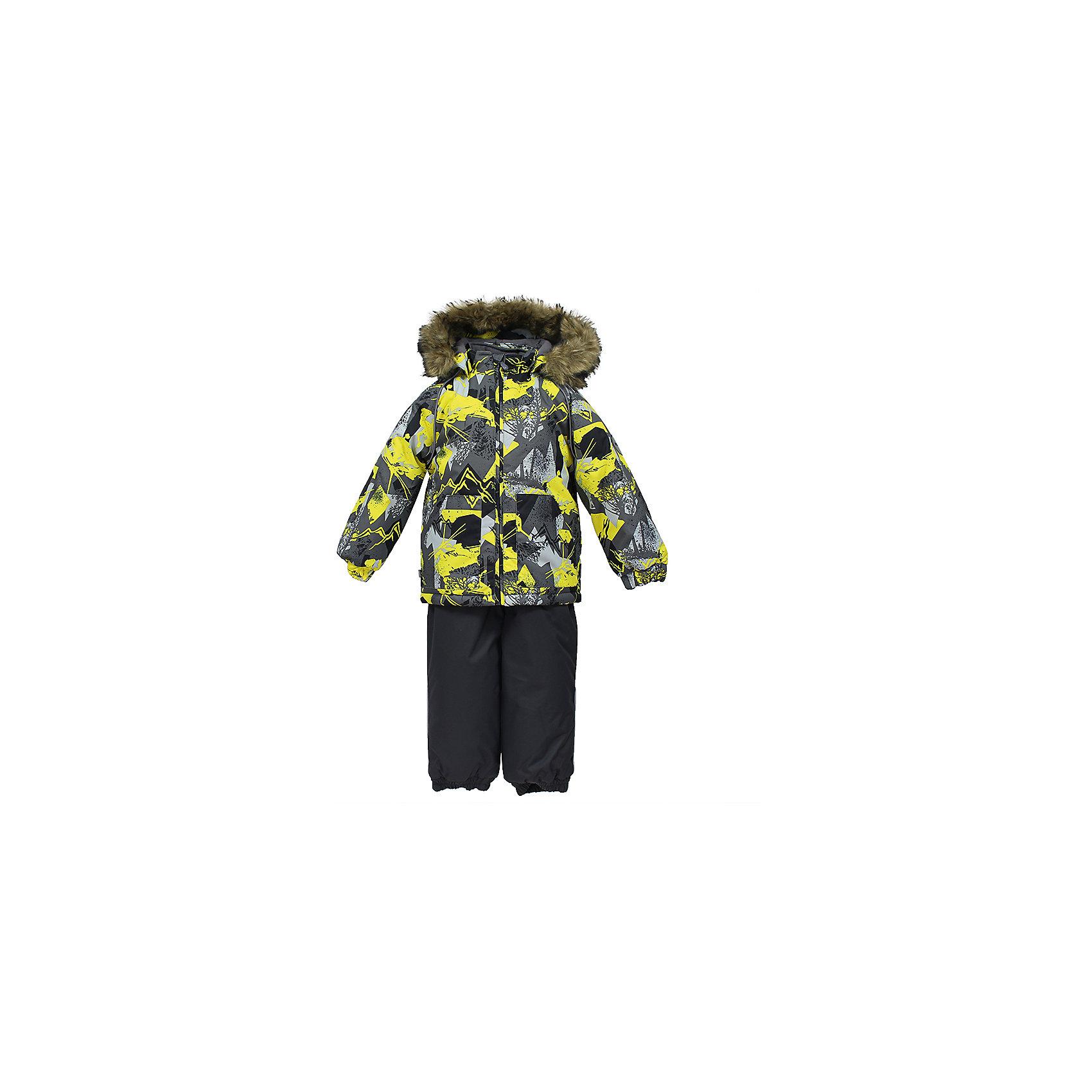 Комплект: куртка и брюки AVERY HuppaКомплекты<br>Комплект для малышей  AVERY.Водо и воздухонепроницаемость 10 000 . Утеплитель 300 гр куртка/160 гр брюки. Подкладка фланель 100% хлопок.Отстегивающийся капюшон с мехом.Манжеты рукавов на резинке. Манжеты брюк на резинке.Добавлены петли для ступней.Резиновые подтяжки.Имеются светоотражательные элементы.<br>Состав:<br>100% Полиэстер<br><br>Ширина мм: 356<br>Глубина мм: 10<br>Высота мм: 245<br>Вес г: 519<br>Цвет: серый<br>Возраст от месяцев: 36<br>Возраст до месяцев: 48<br>Пол: Унисекс<br>Возраст: Детский<br>Размер: 104,80,86,92,98<br>SKU: 7027000