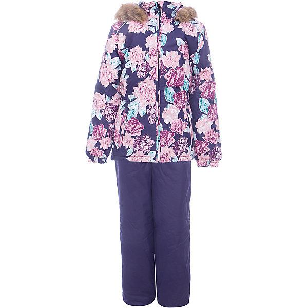 Комплект: куртка и брюки WONDER Huppa для девочкиКомплекты<br>Характеристики товара:<br><br>• цвет: фиолетовый;<br>• пол: девочка;<br>• состав: 100% полиэстер;<br>• утеплитель: 300 гр куртка / 160гр полукомбинезон;<br>• подкладка: тафта, флис;<br>• сезон: зима;<br>• температурный режим: от -5 до - 30С;<br>• водонепроницаемость: 10000 мм ;<br>• воздухопроницаемость: 10000 г/м2/24ч;<br>• особенности модели: c рисунком; с мехом на капюшоне;<br>• сидельный шов проклеен и не пропускает влагу;<br>• манжеты рукавов эластичные, на резинках;<br>• низ брюк затягивается на шнурок с фиксатором;<br>• внутренние снегозащитные манжеты на штанинах;<br>• полукомбинезон с высокой грудкой, внутренние швы отсутствуют;<br>• эластичные подтяжки регулируются по длине;<br>• безопасный капюшон крепится на кнопки и, при необходимости, отстегивается;<br>• мех на капюшоне не съемный;<br>• светоотражающие элементы для безопасности ребенка;<br>• страна бренда: Финляндия;<br>• страна изготовитель: Эстония.<br><br>Зимний комплект Хуппа – превосходный наряд для современной девочки на осенне-зимний период. <br><br>Комплект Wonder состоит из куртки и полукомбинезона. Обе составляющие комплекта снабжены вшитыми эластичными поясками-резинками, обеспечивающими безупречную посадку одежды по фигуре. Комплект отличается повышенной комфортностью. Внутри его обрамляет мягкая тафта. Внутренняя поверхность манжет и воротника отделана флисом. Капюшон оторочен пушистым искусственным мехом. В брючинах спрятана снегозащита. У полукомбинезона отсутствуют внутренние швы. Для лучшей герметизации полукомбинезона основные швы выполнены проклеенными.<br><br>Зимний комплект Wonder для девочки фирмы HUPPA  можно купить в нашем интернет-магазине.<br>Ширина мм: 356; Глубина мм: 10; Высота мм: 245; Вес г: 519; Цвет: фиолетовый; Возраст от месяцев: 18; Возраст до месяцев: 24; Пол: Женский; Возраст: Детский; Размер: 92,140,134,128,122,116,110,104,98; SKU: 7027048;