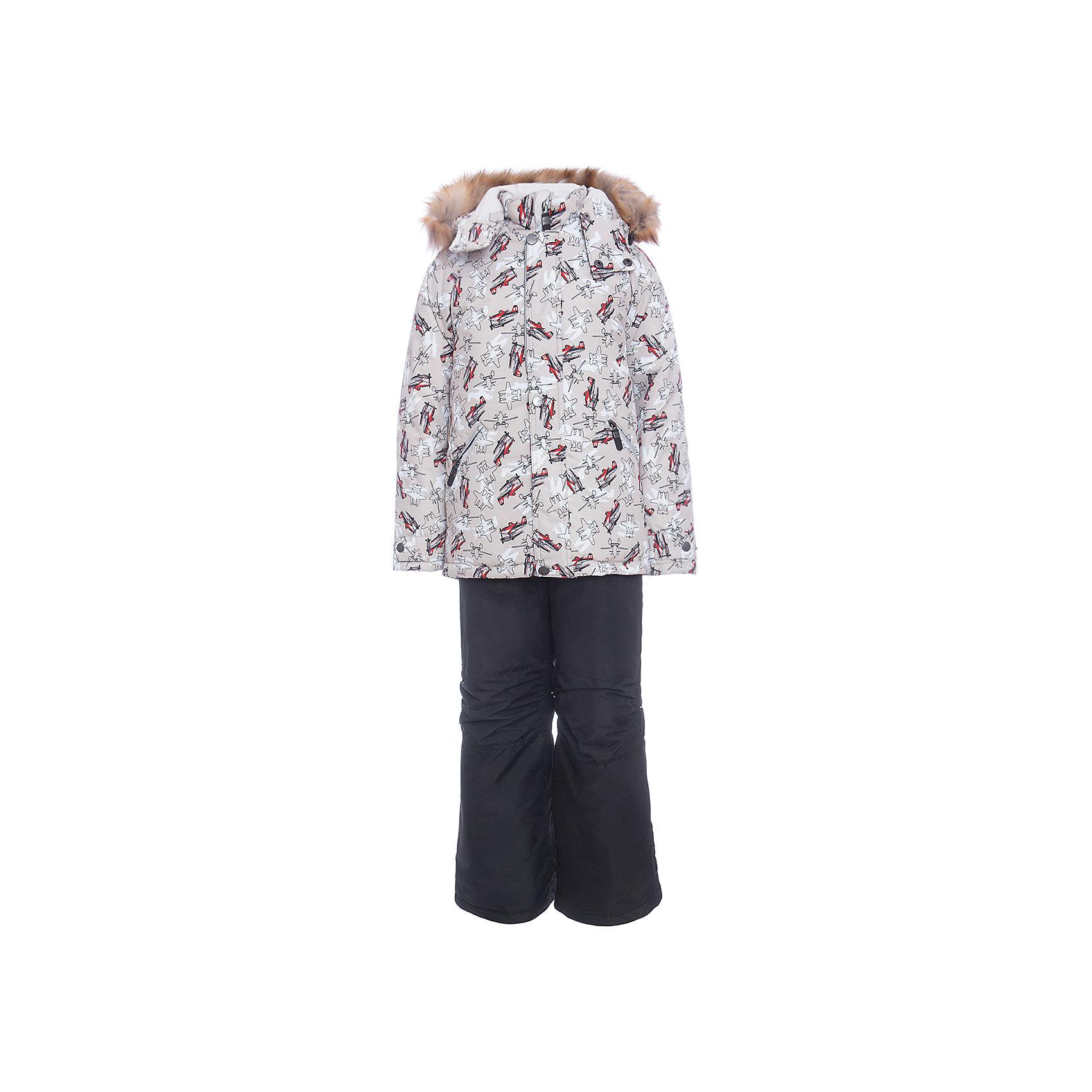 Комплект: куртка и полукомбенизон Дасти 2 Batik для мальчикаВерхняя одежда<br>Комплект: куртка и полукомбенизон Дасти 2 Batik для мальчика<br>Верхняя ткань обладает водоотталкивающими и ветрозащитными свойствами мембраны. Полукомбинезон с отстегивающимися лямками, имеются липучки для регулировки ширины низа брюк. Куртка на молнии с ветрозащитной планкой и юбкой внутри. Капюшон на кнопках со съемной опушкой. <br>Состав:<br>Ткань верха - TASLON OXFORD;  Утеплитель - Термофин 350;  Подкладка - Полар флис;<br><br>Ширина мм: 356<br>Глубина мм: 10<br>Высота мм: 245<br>Вес г: 519<br>Цвет: черный<br>Возраст от месяцев: 72<br>Возраст до месяцев: 84<br>Пол: Мужской<br>Возраст: Детский<br>Размер: 122,104,110,116<br>SKU: 7027966
