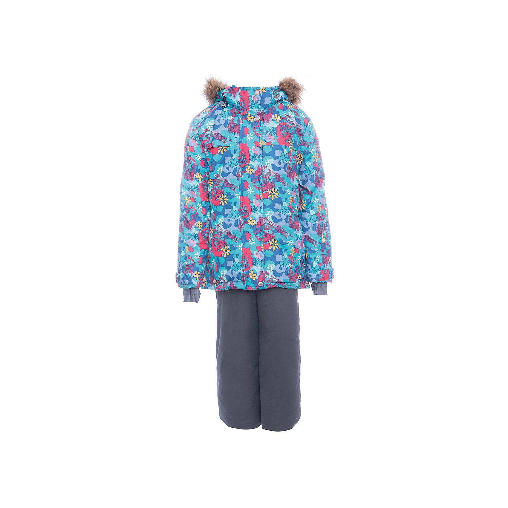 Комплект: куртка и полукомбенизон Эльза Batik для девочкиВерхняя одежда<br>Характеристики товара:<br><br>• цвет: бирюзовый<br>• комплектация: куртка и полукомбинезон <br>• состав ткани: таслан<br>• подкладка: поларфлис<br>• утеплитель: термофин <br>• сезон: зима<br>• мембранное покрытие<br>• температурный режим: от -25 до 0<br>• водонепроницаемость: 5000 мм <br>• паропроницаемость: 5000 г/м2<br>• плотность утеплителя: куртка - 350 г/м2, полукомбинезон - 150 г/м2<br>• застежка: молния<br>• капюшон: с мехом, отстегивается<br>• встроенный термодатчик<br>• страна бренда: Россия<br>• страна изготовитель: Россия<br><br>Яркий мембранный комплект для девочки позволяет создать комфортный микроклимат даже в сильные морозы. Благодаря мембранному покрытию детский зимний комплект не промокает и не продувается. Мягкая подкладка детского комплекта для зимы приятна на ощупь.<br><br>Комплект: куртка и полукомбинезон Эльза Batik (Батик) для девочки можно купить в нашем интернет-магазине.<br><br>Ширина мм: 356<br>Глубина мм: 10<br>Высота мм: 245<br>Вес г: 519<br>Цвет: бирюзовый<br>Возраст от месяцев: 144<br>Возраст до месяцев: 156<br>Пол: Женский<br>Возраст: Детский<br>Размер: 158,146,152<br>SKU: 7028055