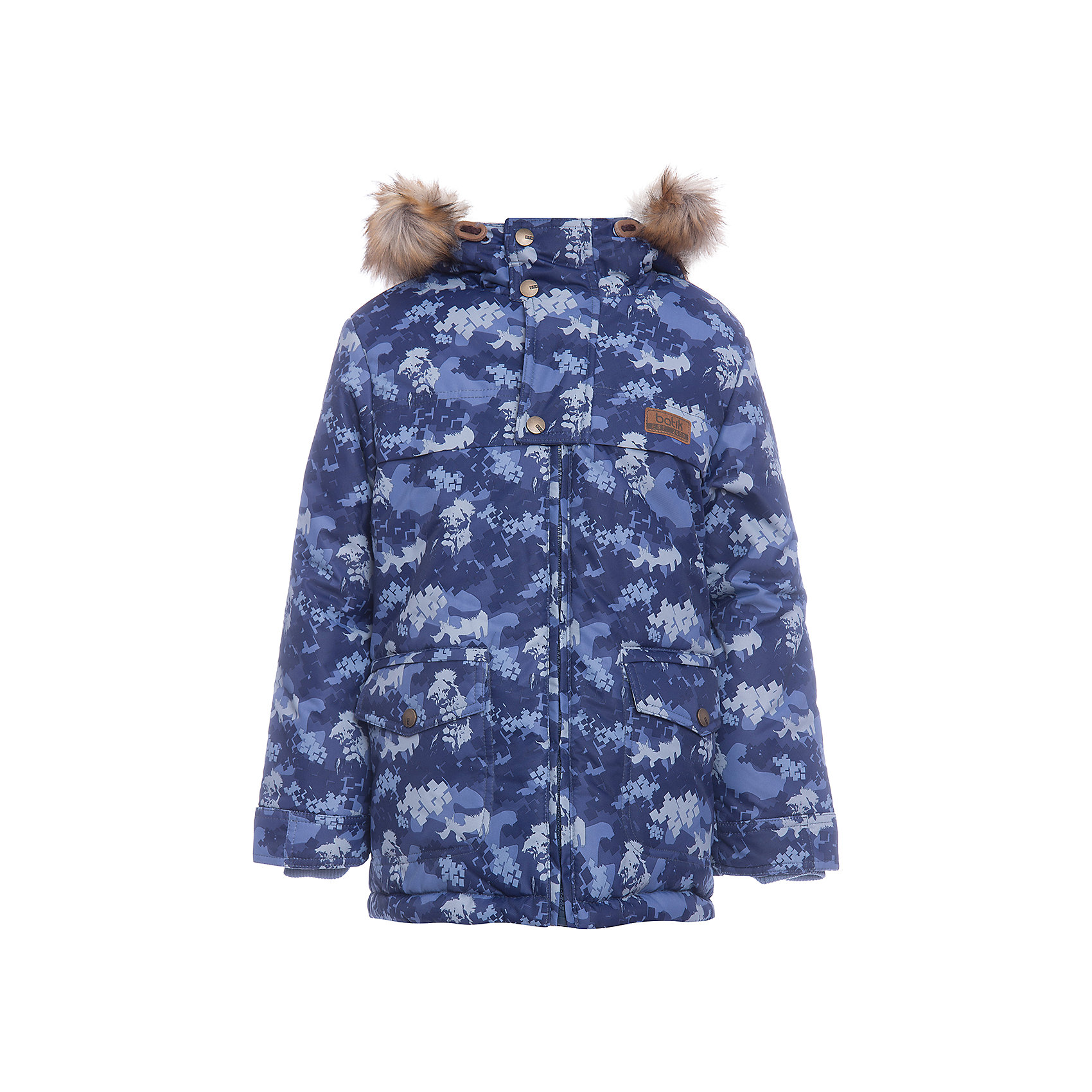 Куртка Бойд Batik для мальчикаВерхняя одежда<br>Характеристики товара:<br><br>• цвет: синий<br>• состав ткани: Poly 051 lamination <br>• подкладка: мех подкладочный под овчину <br>• утеплитель: термофин<br>• сезон: зима<br>• мембранное покрытие<br>• температурный режим: от -35 до 0<br>• водонепроницаемость: 5000 мм <br>• паропроницаемость: 5000 г/м2<br>• плотность утеплителя: 300 г/м2<br>• застежка: молния<br>• капюшон: с мехом<br>• страна бренда: Россия<br>• страна изготовитель: Россия<br><br>Практичная куртка Batik для мальчика благодаря мембранному покрытию подходит для ношения в сильные морозы. Детская куртка от бренда Batik отличается удобным капюшоном и карманами. Мембранная зимняя куртка стильная и теплая. Мембранное покрытие детской куртки не задерживает воздух, но защищает от влаги, ветра и холода. <br><br>Куртку Бойд Batik (Батик) для мальчика можно купить в нашем интернет-магазине.<br><br>Ширина мм: 356<br>Глубина мм: 10<br>Высота мм: 245<br>Вес г: 519<br>Цвет: синий<br>Возраст от месяцев: 72<br>Возраст до месяцев: 84<br>Пол: Мужской<br>Возраст: Детский<br>Размер: 122,92,98,104,110,116<br>SKU: 7028063