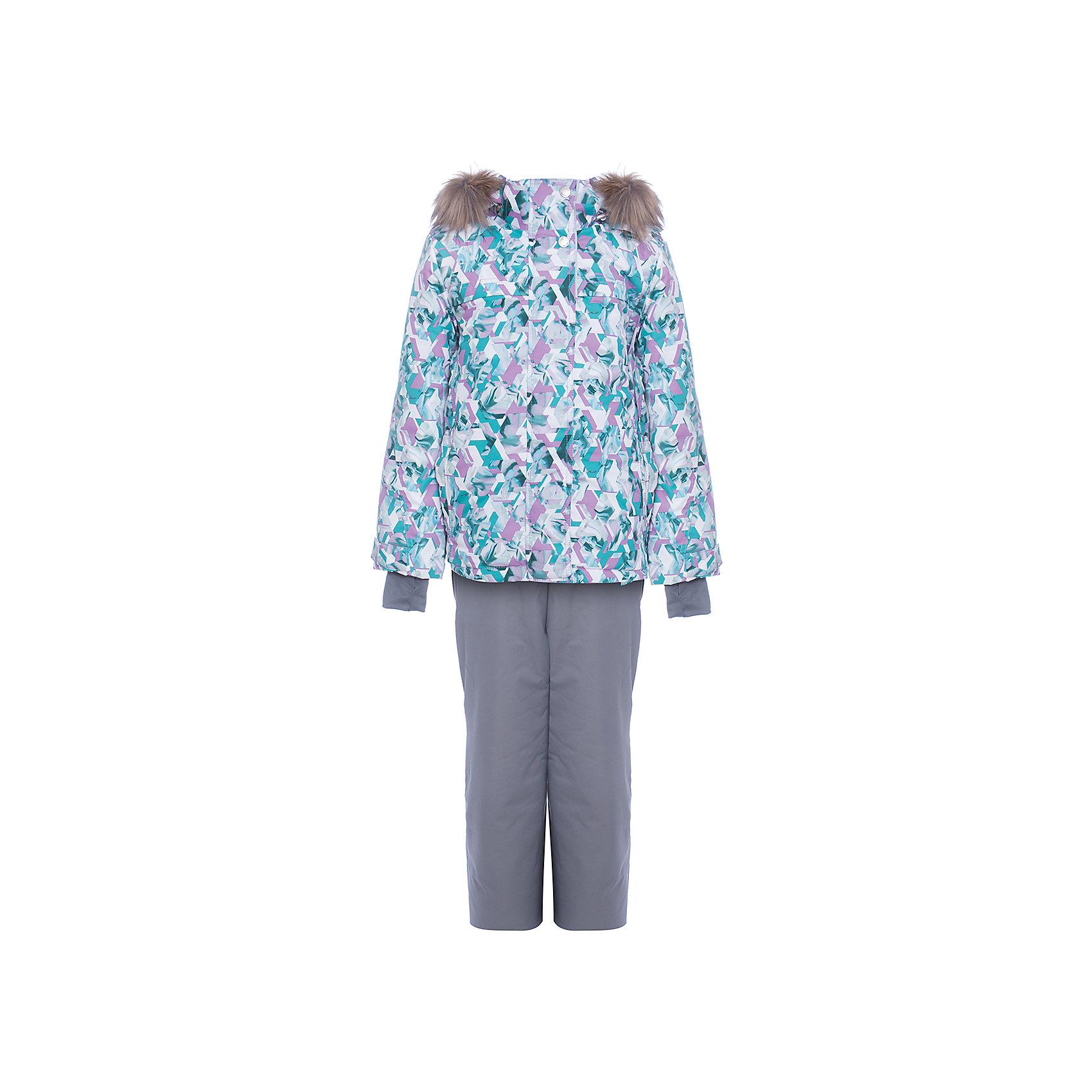 Комплект: куртка и полукомбенизон Герда Batik для девочкиВерхняя одежда<br>Характеристики товара:<br><br>• цвет: серый<br>• комплектация: куртка и полукомбинезон <br>• состав ткани: таслан<br>• подкладка: поларфлис<br>• утеплитель: слайтекс, синтепон <br>• сезон: зима<br>• мембранное покрытие<br>• температурный режим: от -35 до 0<br>• водонепроницаемость: 5000 мм <br>• паропроницаемость: 5000 г/м2<br>• плотность утеплителя: куртка - 350 г/м2, полукомбинезон - 200 г/м2<br>• застежка: молния<br>• капюшон: с мехом, отстегивается<br>• встроенный термодатчик<br>• страна бренда: Россия<br>• страна изготовитель: Россия<br><br>Модный мембранный комплект Batik для девочки дополнен элементами, обеспечивающими тепло и комфорт. Капюшон, карманы, молния - всё это делает зимний комплект очень удобным. Подкладка детского комплекта для зимы приятная на ощупь и мягкая.<br><br>Комплект: куртка и полукомбинезон Герда Batik (Батик) для девочки можно купить в нашем интернет-магазине.<br><br>Ширина мм: 356<br>Глубина мм: 10<br>Высота мм: 245<br>Вес г: 519<br>Цвет: серый<br>Возраст от месяцев: 108<br>Возраст до месяцев: 120<br>Пол: Женский<br>Возраст: Детский<br>Размер: 140,128,134<br>SKU: 7028144