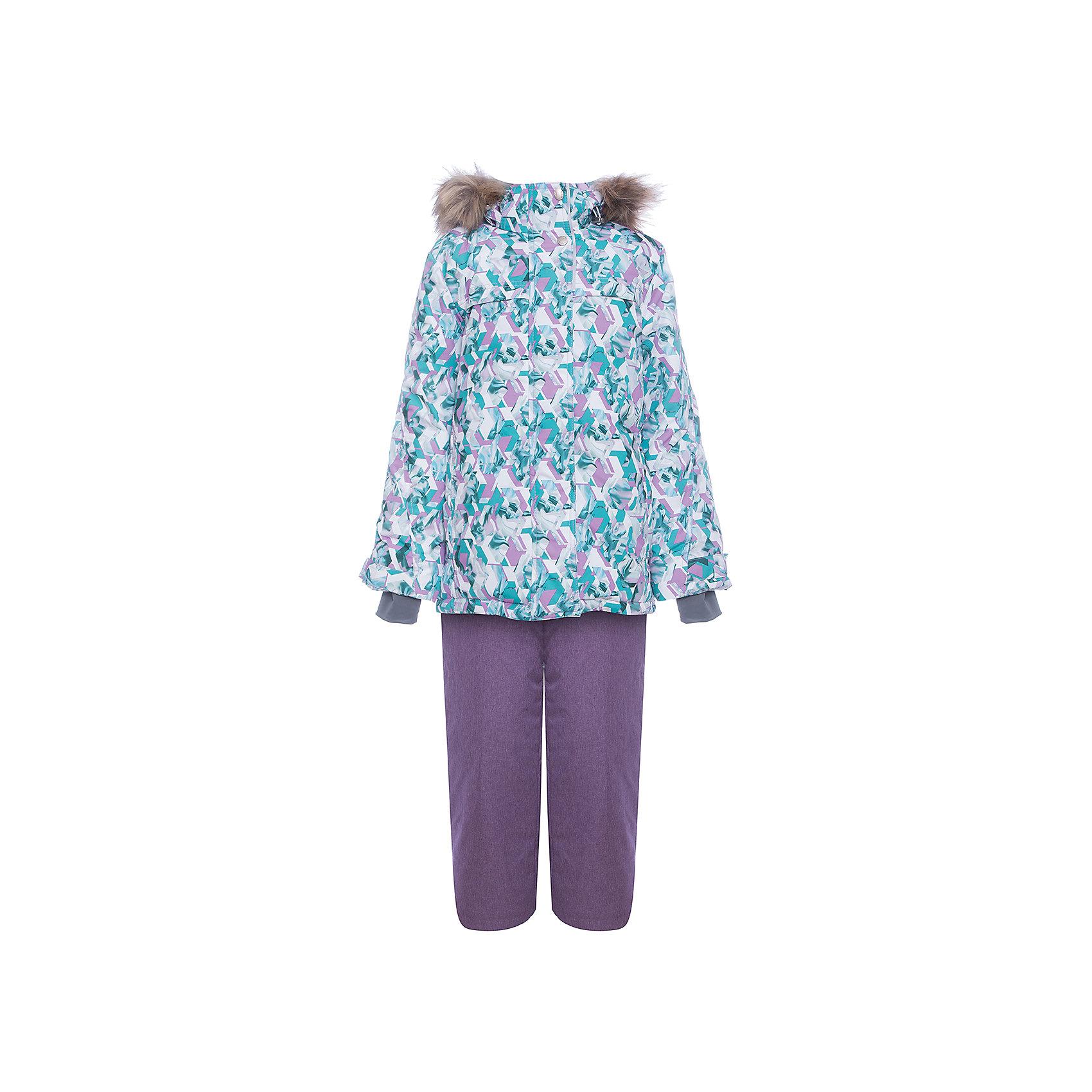 Комплект: куртка и полукомбенизон Герда Batik для девочкиВерхняя одежда<br>Характеристики товара:<br><br>• цвет: фиолетовый<br>• комплектация: куртка и полукомбинезон <br>• состав ткани: таслан<br>• подкладка: поларфлис<br>• утеплитель: слайтекс, синтепон <br>• сезон: зима<br>• мембранное покрытие<br>• температурный режим: от -35 до 0<br>• водонепроницаемость: 5000 мм <br>• паропроницаемость: 5000 г/м2<br>• плотность утеплителя: куртка - 350 г/м2, полукомбинезон - 200 г/м2<br>• застежка: молния<br>• капюшон: с мехом, отстегивается<br>• встроенный термодатчик<br>• страна бренда: Россия<br>• страна изготовитель: Россия<br><br>Верх мембранного комплекта плотный, подкладка детского комплекта для зимы приятная на ощупь и мягкая. Такой мембранный комплект Batik для девочки дополнен элементами, обеспечивающими тепло и комфорт. Капюшон, карманы, молния - всё это делает зимний комплект очень удобным. <br><br>Комплект: куртка и полукомбинезон Герда Batik (Батик) для девочки можно купить в нашем интернет-магазине.<br><br>Ширина мм: 356<br>Глубина мм: 10<br>Высота мм: 245<br>Вес г: 519<br>Цвет: лиловый<br>Возраст от месяцев: 144<br>Возраст до месяцев: 156<br>Пол: Женский<br>Возраст: Детский<br>Размер: 158,146,152<br>SKU: 7028156