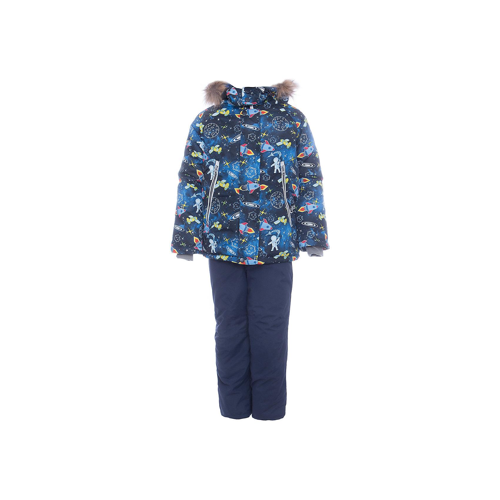 Комплект: куртка и полукомбенизон Космос Batik для мальчикаВерхняя одежда<br>Комплект: куртка и полукомбенизон Космос Batik для мальчика<br>Верхняя ткань обладает водоотталкивающими и ветрозащитными свойствами мембраны. Куртка на молнии с ветрозащитной планкой, светоотражающими элементами и съемным капюшоном. Полукомбинезон с отстегивающимися лямками.<br>Состав:<br>Ткань верха - TASLON OXFORD;  Утеплитель - Слайтекс 350;  Подкладка - Полар флис;<br><br>Ширина мм: 356<br>Глубина мм: 10<br>Высота мм: 245<br>Вес г: 519<br>Цвет: синий<br>Возраст от месяцев: 24<br>Возраст до месяцев: 36<br>Пол: Мужской<br>Возраст: Детский<br>Размер: 98,86,92<br>SKU: 7028281