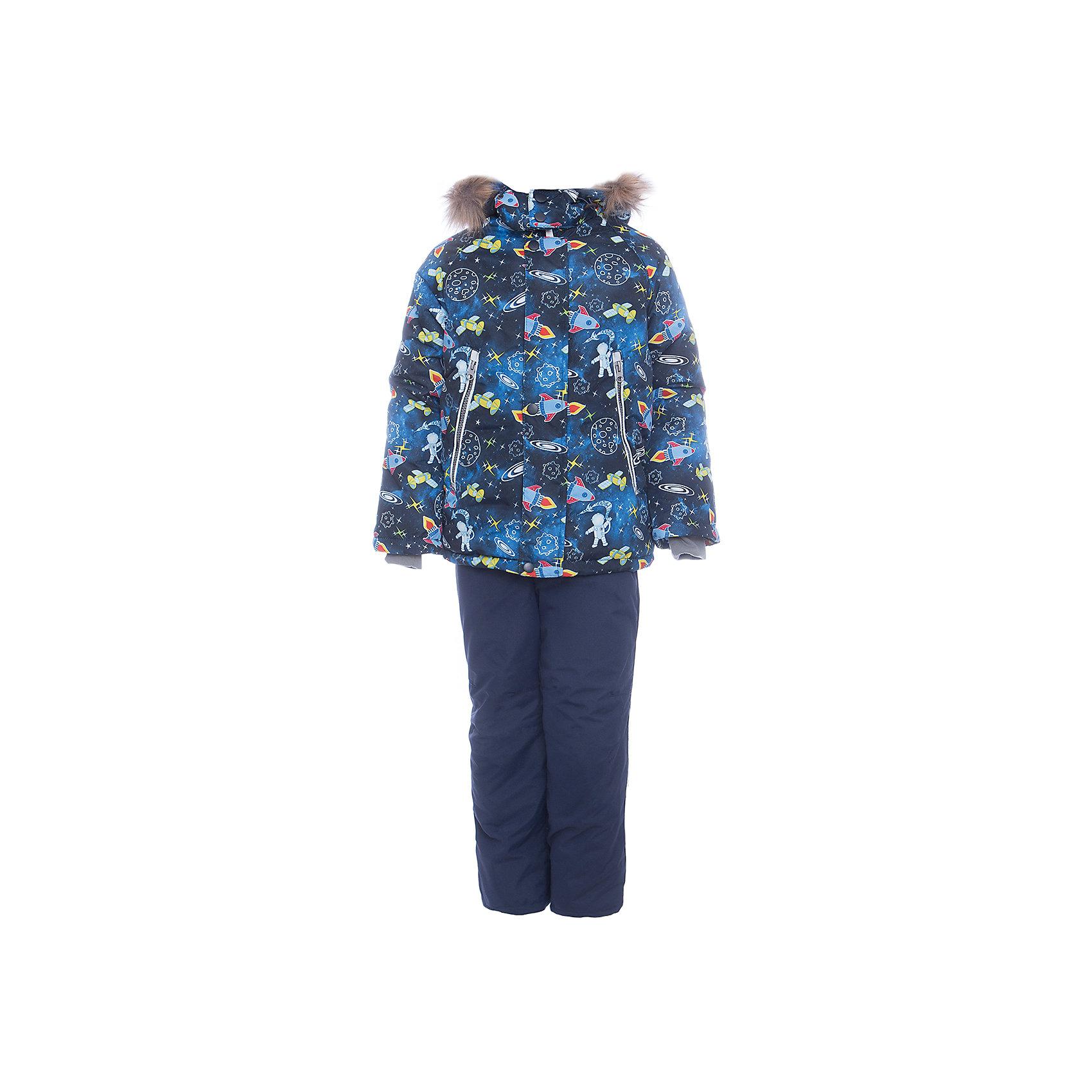 Комплект: куртка и полукомбенизон Космос Batik для мальчикаВерхняя одежда<br>Комплект: куртка и полукомбенизон Космос Batik для мальчика<br>Верхняя ткань обладает водоотталкивающими и ветрозащитными свойствами мембраны. Куртка на молнии с ветрозащитной планкой, светоотражающими элементами и съемным капюшоном. Полукомбинезон с отстегивающимися лямками.<br>Состав:<br>Ткань верха - TASLON OXFORD;  Утеплитель - Слайтекс 350;  Подкладка - Полар флис;<br><br>Ширина мм: 356<br>Глубина мм: 10<br>Высота мм: 245<br>Вес г: 519<br>Цвет: синий<br>Возраст от месяцев: 36<br>Возраст до месяцев: 48<br>Пол: Мужской<br>Возраст: Детский<br>Размер: 104,116,110<br>SKU: 7028289