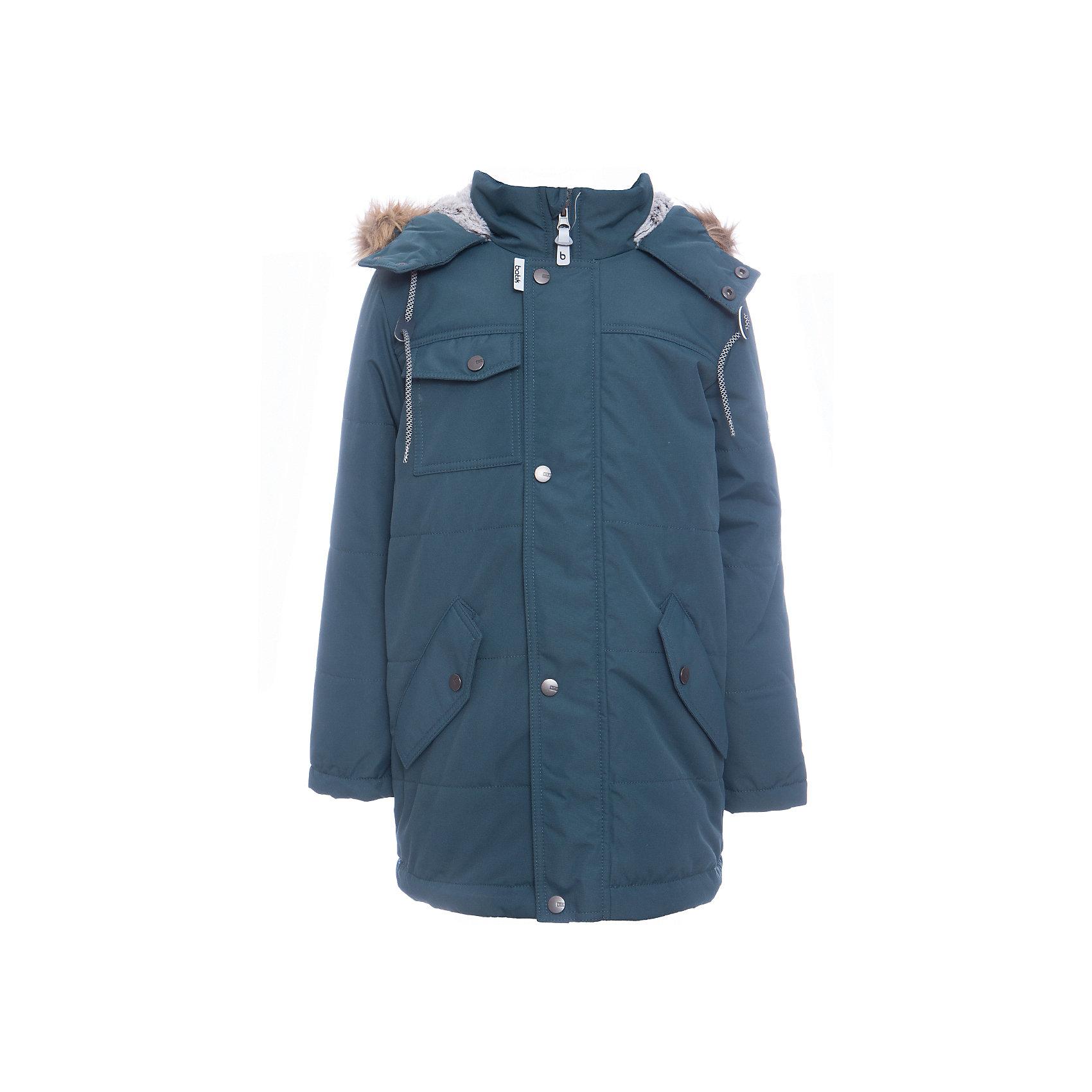 Куртка Лаки Batik для мальчикаВерхняя одежда<br>Характеристики товара:<br><br>• цвет: зеленый<br>• состав ткани: таслан<br>• подкладка: поларфлис<br>• утеплитель: слайтекс<br>• сезон: зима<br>• мембранное покрытие<br>• температурный режим: от -35 до 0<br>• водонепроницаемость: 5000 мм <br>• паропроницаемость: 5000 г/м2<br>• плотность утеплителя: 300 г/м2<br>• застежка: молния<br>• капюшон: с мехом, съемный<br>• страна бренда: Россия<br>• страна изготовитель: Россия<br><br>Зимняя куртка Batik для мальчика благодаря мембранному покрытию подходит для ношения в сильные морозы. Детская куртка от бренда Batik отличается удобным капюшоном и карманами. Мембранная зимняя куртка стильная и теплая. Мембранное покрытие детской куртки не задерживает воздух, но защищает от влаги, ветра и холода. <br><br>Куртку Лаки Batik (Батик) для мальчика можно купить в нашем интернет-магазине.<br><br>Ширина мм: 356<br>Глубина мм: 10<br>Высота мм: 245<br>Вес г: 519<br>Цвет: зеленый<br>Возраст от месяцев: 84<br>Возраст до месяцев: 96<br>Пол: Мужской<br>Возраст: Детский<br>Размер: 128,146,140,134<br>SKU: 7028429