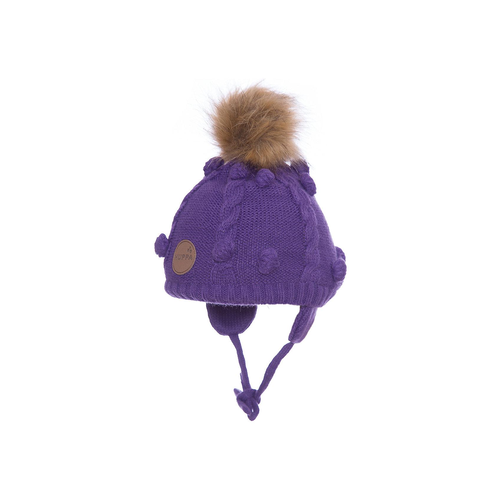 Шапка Huppa MacyГоловные уборы<br>Характеристики товара:<br><br>• модель: Macy;<br>• цвет: фиолетовый;<br>• состав: шапка: 100% акрил; <br>• подкладка: 100% хлопок:<br>• температурный режим: от 0°С до -20°С;<br>• шапка на завязках;<br>• помпон из искусственного меха на макушке;<br>• особенности: вязаная, с помпоном;<br>• страна бренда: Финляндия;<br>• страна изготовитель: Эстония.<br><br>Вязаная детская шапка Macy. Теплая вязанная шапочка, прекрасно подойдет для повседневных прогулок в холодную погоду. Шапка изготовлена из 100% акрила, с хлопковой подкладкой. <br><br>Шапку Huppa Macy (Хуппа) можно купить в нашем интернет-магазине.<br><br>Ширина мм: 89<br>Глубина мм: 117<br>Высота мм: 44<br>Вес г: 155<br>Цвет: лиловый<br>Возраст от месяцев: 3<br>Возраст до месяцев: 12<br>Пол: Унисекс<br>Возраст: Детский<br>Размер: 43-45,55-57,51-53,47-49<br>SKU: 7029419
