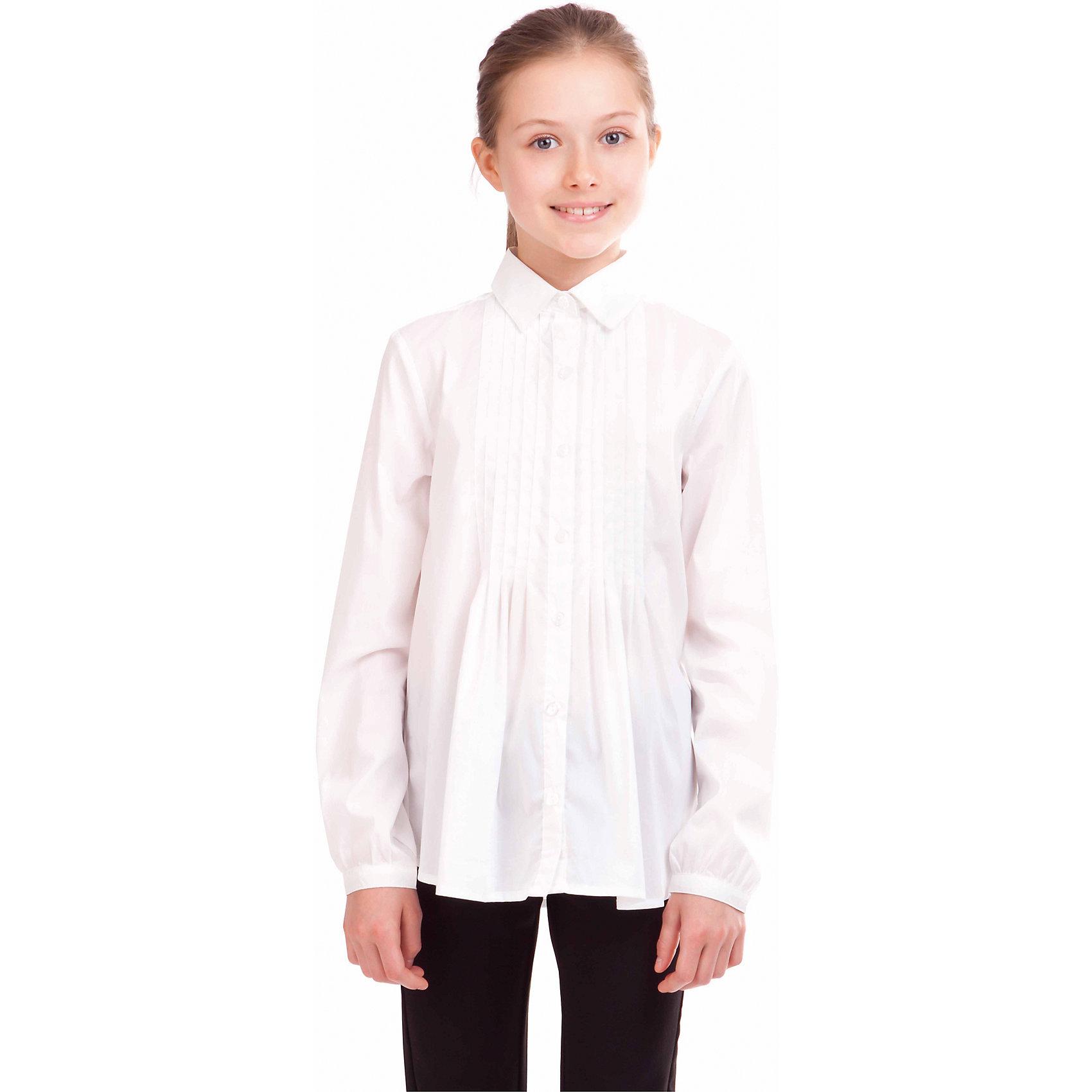 Блузка Gulliver для девочкиБлузки и рубашки<br>Какими должны быть красивые блузки для девочек? Приталенными или прямыми, строгими или с декором, с рисунком или без? Школьные блузки 2017 могут быть разными! В том числе, свободного силуэта, которые можно носить навыпуск. Белая школьная блузка с элегантным декором сделает образ свежим, интересным, необычным и подарит бесконечный комфорт. К тому же, она идеально подходит девочкам с нестандартной фигурой, гарантируя прекрасный внешний вид и уверенность в себе.<br>Состав:<br>63%хлопок, 35%нейлон, 2%эластан<br><br>Ширина мм: 186<br>Глубина мм: 87<br>Высота мм: 198<br>Вес г: 197<br>Цвет: белый<br>Возраст от месяцев: 120<br>Возраст до месяцев: 132<br>Пол: Женский<br>Возраст: Детский<br>Размер: 146,122,128,134,140<br>SKU: 7029957