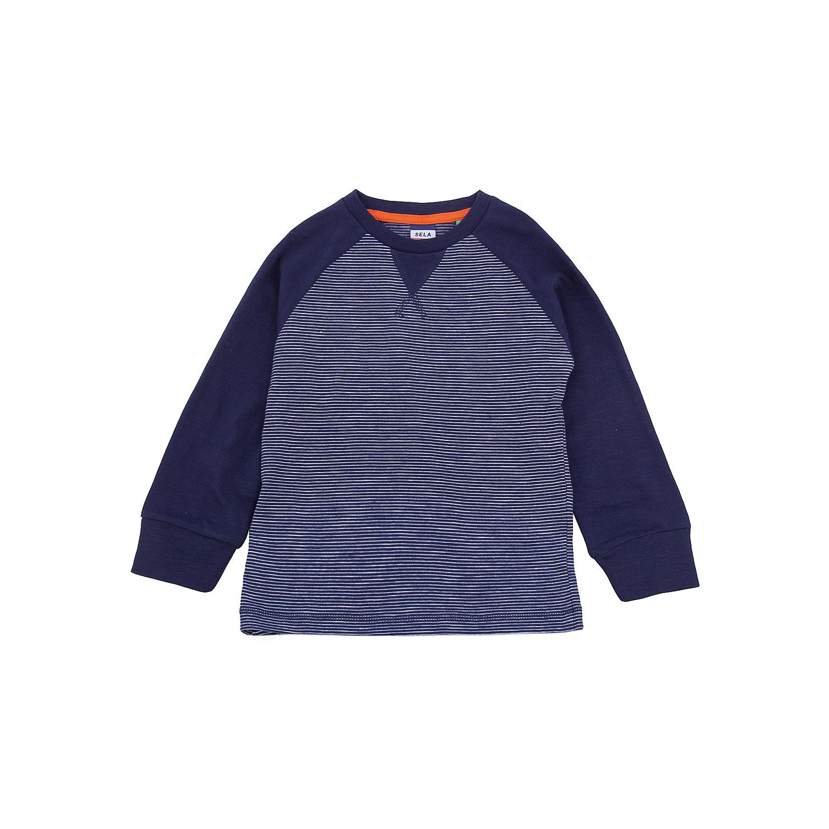 Джемпер SELA для мальчикаФутболки с длинным рукавом<br>Характеристики товара:<br><br>• цвет: синий<br>• состав ткани: 100% хлопок<br>• сезон: демисезон<br>• длинные рукава<br>• страна бренда: Россия<br>• страна производства: Бангладеш<br><br>Синий лонгслив для мальчика Sela - стильная молодежная вещь по доступной цене. Модный лонгслив для мальчика поможет разнообразить гардероб ребенка. Практичный детский лонгслив украшен оригинальным принтом. Футболка с длинным рукавом для ребенка сшита из качественного трикотажа, в составе которого преобладает натуральный хлопок. <br><br>Лонгслив для мальчика Sela (Села) можно купить в нашем интернет-магазине.<br><br>Ширина мм: 190<br>Глубина мм: 74<br>Высота мм: 229<br>Вес г: 236<br>Цвет: синий<br>Возраст от месяцев: 48<br>Возраст до месяцев: 60<br>Пол: Мужской<br>Возраст: Детский<br>Размер: 110,116,92,98,104<br>SKU: 7035307