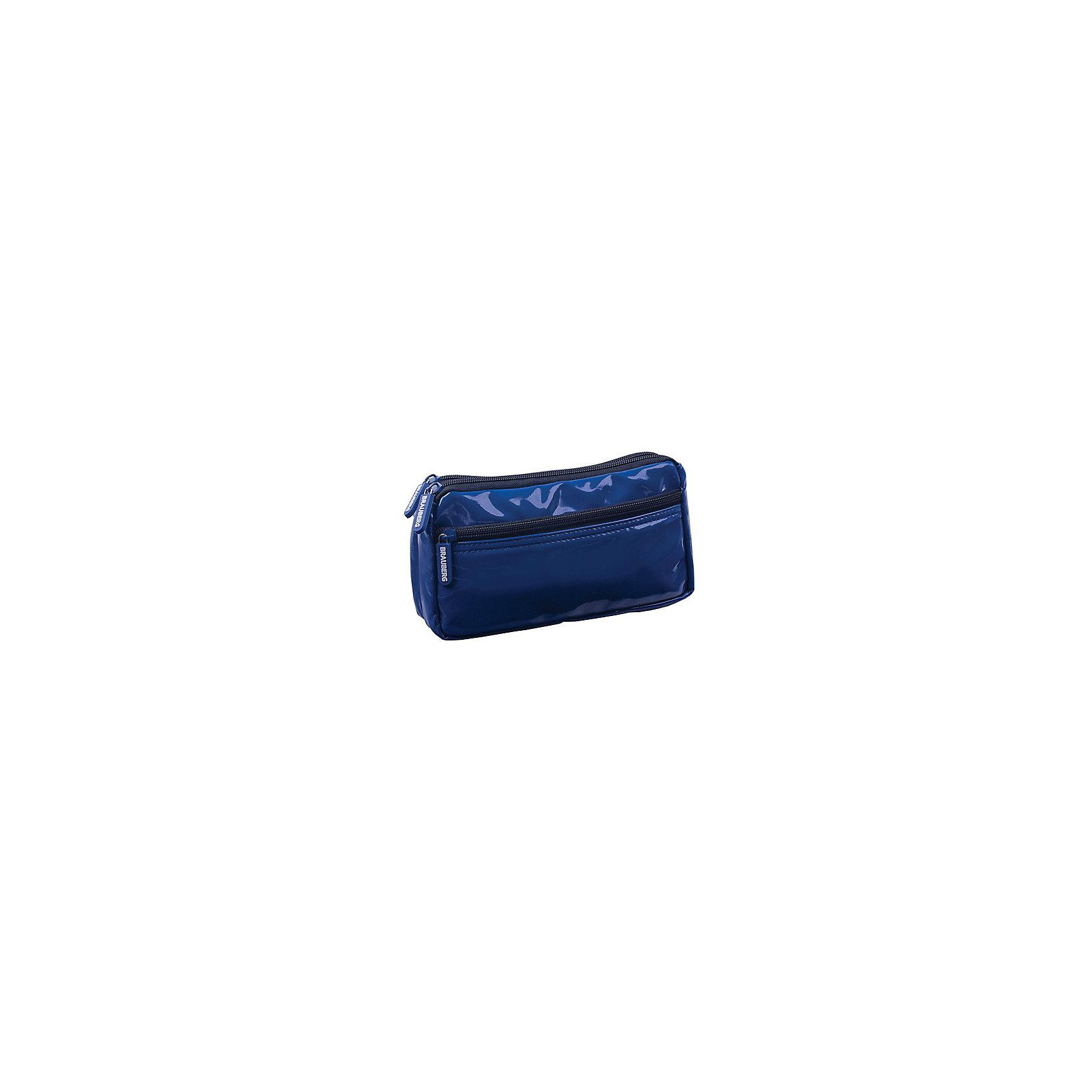 Пенал-косметичка BRAUBERG под глянц. кожу, синий, 2 отд. 1 карман, Милан, 20*10*4 смПеналы без наполнения<br>Пенал-косметичка представлен в темно-синем цвете. Выполнен из мягкой искусственной кожи и отличается элегантным и лаконичным дизайном. Стильный аксессуар позволяет систематизировать и хранить все необходимые мелочи в порядке.<br><br>Ширина мм: 56<br>Глубина мм: 10<br>Высота мм: 1<br>Вес г: 108<br>Возраст от месяцев: 72<br>Возраст до месяцев: 216<br>Пол: Женский<br>Возраст: Детский<br>SKU: 7036855