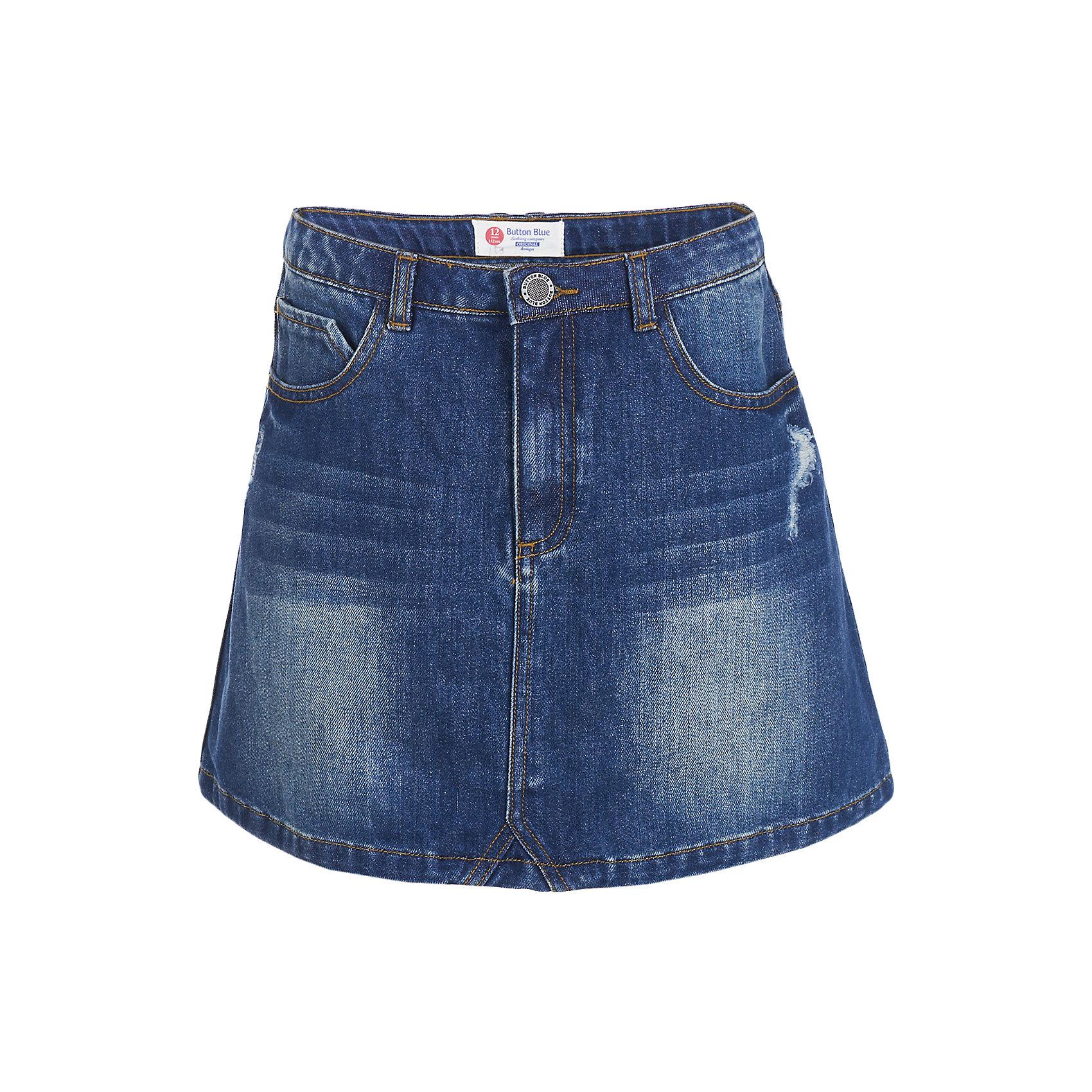 Юбка BUTTON BLUE для девочкиЮбки<br>Юбка BUTTON BLUE для девочки<br>Синяя джинсовая юбка - вещь вне моды и вне конкуренции! В комплекте с любой блузкой, водолазкой, джемпером, синяя джинсовая юбка позволит чувствовать себя уверенно и легко. Если вы хотите купить модную детскую юбку недорого, джинсовая юбка - оптимальный вариант для красивого, практичного и комфортного решения повседневного детского гардероба.<br>Состав:<br>100% хлопок<br><br>Ширина мм: 207<br>Глубина мм: 10<br>Высота мм: 189<br>Вес г: 183<br>Цвет: темно-синий<br>Возраст от месяцев: 96<br>Возраст до месяцев: 108<br>Пол: Женский<br>Возраст: Детский<br>Размер: 134,140,146,152,122,98,104,110,116,128,158<br>SKU: 7037745