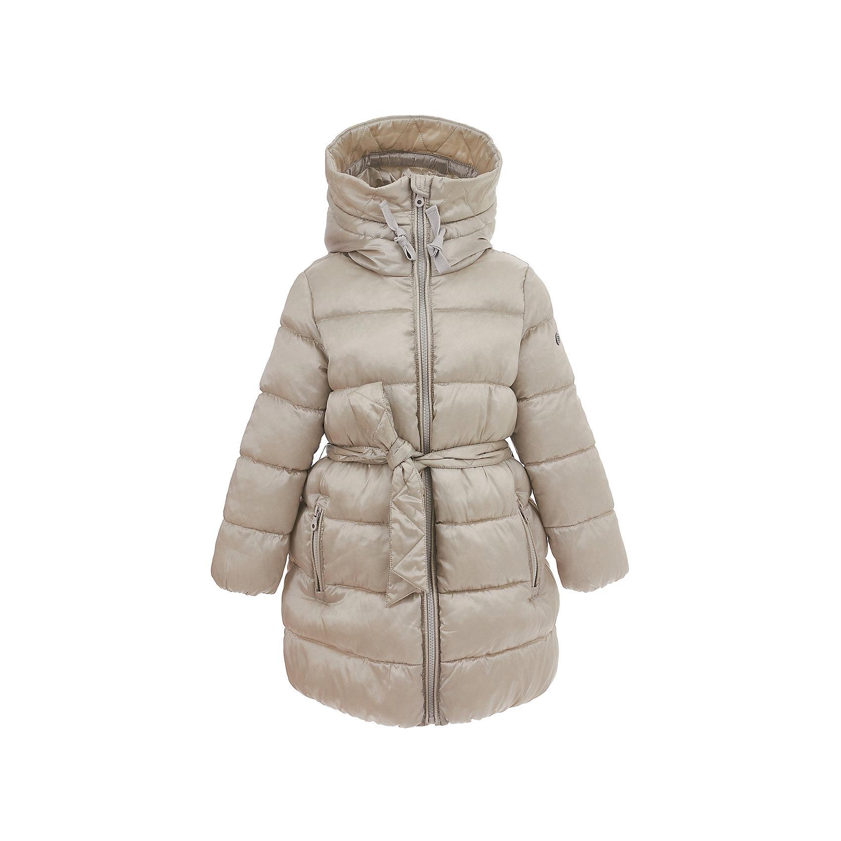 Полупальто BUTTON BLUE для девочкиВерхняя одежда<br>Полупальто BUTTON BLUE для девочки<br>В преддверии осенней сырости и холодов главная задача родителей - купить детское пальто или хорошую куртку! Всех, кто хочет купить пальто недорого, часто ожидает разочарование... Но если вы формируете функциональный детский гардероб от Button Blue, вам это не грозит! Прекрасное демисезонное пальто для девочки от Button Blue - залог хорошего настроения в холодный осенний день! Лаконичный дизайн, модный цвет, комфортная форма, оптимальная длина делают пальто стильным, привлекательным и удобным в повседневной носке.<br>Состав:<br>тк. верха:   55%полиэстер 45% нейлон,  Подкладка: 100% хлопок/100% полиэстер                                                           Утеплитель: 100% полиэстер( fake down )<br><br>Ширина мм: 356<br>Глубина мм: 10<br>Высота мм: 245<br>Вес г: 519<br>Цвет: серый<br>Возраст от месяцев: 144<br>Возраст до месяцев: 156<br>Пол: Женский<br>Возраст: Детский<br>Размер: 158,98,104,110,116,122,128,134,140,146,152<br>SKU: 7037909