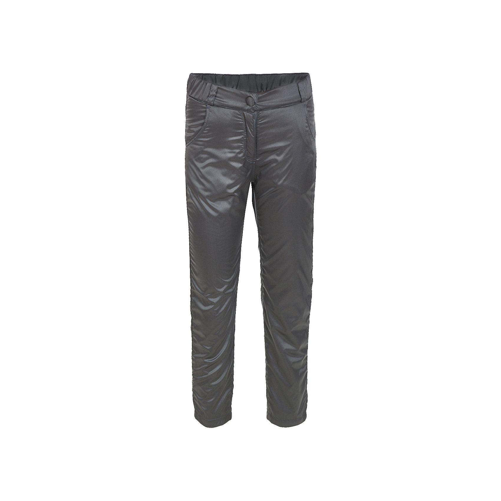 Брюки Button Blue для девочкиВерхняя одежда<br>Характеристики товара:<br><br>• цвет: черный;<br>• состав: 55% полиэстер, 45% нейлон;<br>• подкладка: 100% хлопок, 100% полиэстер, флис;<br>• без дополнительного утепления;<br>• сезон: демисезон;<br>• температурный режим: от +7 до -10С;<br>• застежка: ширинка на молнии, пуговица;<br>• сплошная флисовая подкладка;<br>• плащевая ткань сверху;<br>• непромокаемые;<br>• два боковых кармана;<br>• страна бренда: Россия;<br>• страна изготовитель: Китай.<br><br>Демисезонные брюки на флисе для девочки. Брюки застегиваются на ширинку на молнии и пуговицу-крючок. Сверху брюки выполнены из водонепроницаемой плащевой ткани, при этом изделие дышит. Внутри сплошная флисовая подкладка, которая сохранит тепло.<br><br>Брюки Button Blue (Баттон Блю) можно купить в нашем интернет-магазине.<br><br>Ширина мм: 215<br>Глубина мм: 88<br>Высота мм: 191<br>Вес г: 336<br>Цвет: темно-серый<br>Возраст от месяцев: 144<br>Возраст до месяцев: 156<br>Пол: Женский<br>Возраст: Детский<br>Размер: 158,98,104,110,116,122,128,134,140,146,152<br>SKU: 7038005