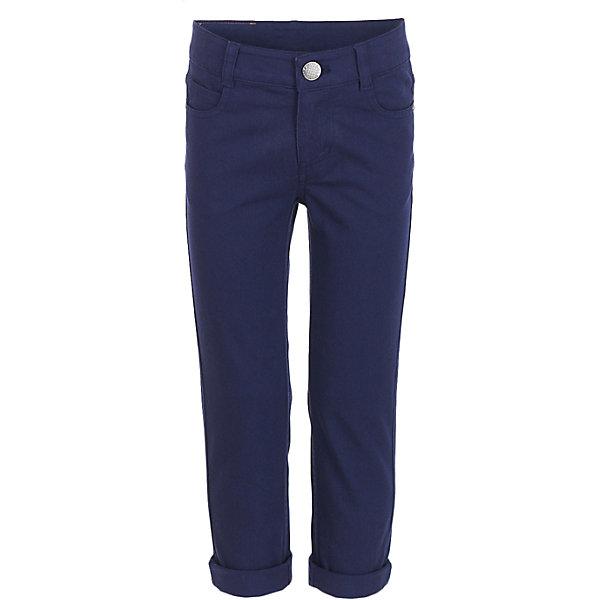 Брюки Button Blue для мальчикаБрюки<br>Характеристики товара:<br><br>• цвет: синий;<br>• состав: 98% хлопок, 2% эластан;<br>• сезон: демисезон;<br>• особенности: однотонные;<br>• застежка: ширинка на молнии и пуговица;<br>• штанины с отворотами;<br>• накладные карманы сзади;<br>• два кармана спереди + мини-карман;<br>• страна бренда: Россия;<br>• страна изготовитель: Китай.<br><br>Классические брюки для мальчика. Синие брюки с отворотами застегиваются на ширинку на молнии и пуговицу. <br><br>Брюки Button Blue (Баттон Блю) можно купить в нашем интернет-магазине.<br>Ширина мм: 215; Глубина мм: 88; Высота мм: 191; Вес г: 336; Цвет: темно-синий; Возраст от месяцев: 24; Возраст до месяцев: 36; Пол: Мужской; Возраст: Детский; Размер: 98,158,152,146,140,134,128,122,116,110,104; SKU: 7038761;