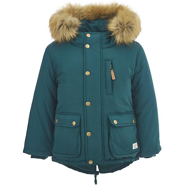 Полупальто Button Blue для мальчикаВерхняя одежда<br>Характеристики товара:<br><br>• цвет: зеленый;<br>• состав: 100% нейлон;<br>• подкладка: 100% полиэстер, 100% хлопок;<br>• утеплитель: 100% полиэстер;<br>• сезон: зима;<br>• температурный режим: от 0 до -20С;<br>• застежка: молния по всей длине с дополнительной планкой на кнопках;<br>• защита подбородка от защемления;<br>• капюшон не отстегивается;<br>• искусственный мех на капюшоне;<br>• эластичные трикотажные внутренние манжеты;<br>• внутренняя утяжка со стопером по низу изделия;<br>• два кармана на кнопках и нагрудный карман на молнии;<br>• страна бренда: Россия;<br>• страна изготовитель: Китай.<br><br>Зимняя куртка с капюшоном для мальчика. Куртка застегивается на молнию по всей длине. У куртки эластичные внутренние манжеты и регулируемый низ изделия. Капюшон отделан опушкой из искусственного меха.<br><br>Куртку Button Blue (Баттон Блю) можно купить в нашем интернет-магазине.<br><br>Ширина мм: 356<br>Глубина мм: 10<br>Высота мм: 245<br>Вес г: 519<br>Цвет: зеленый<br>Возраст от месяцев: 84<br>Возраст до месяцев: 96<br>Пол: Мужской<br>Возраст: Детский<br>Размер: 128,122,116,110,158,152,146,140,134<br>SKU: 7038915