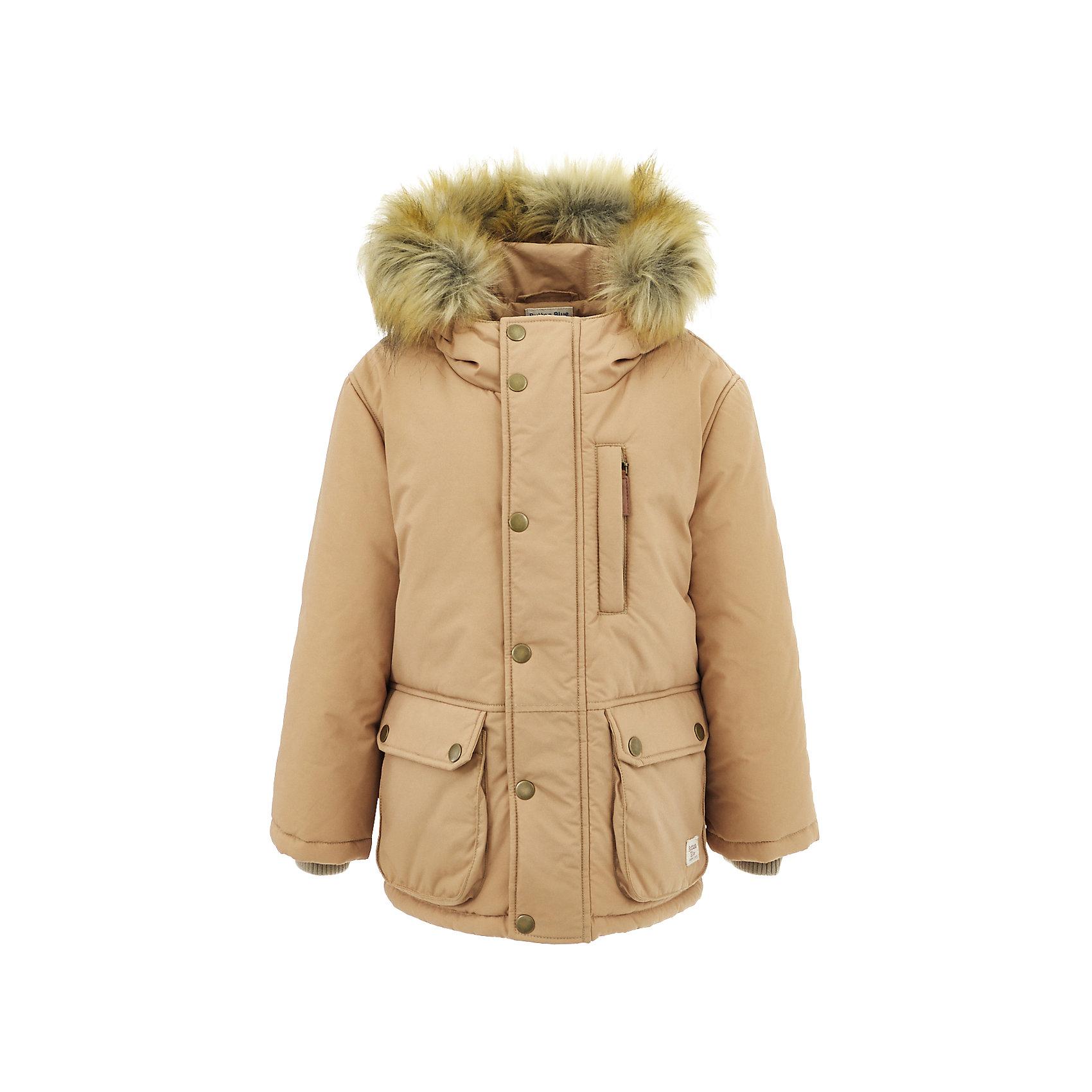 Полупальто Button Blue для мальчикаВерхняя одежда<br>Характеристики товара:<br><br>• цвет: бежевый;<br>• состав: 100% нейлон;<br>• подкладка: 100% полиэстер, 100% хлопок;<br>• утеплитель: 100% полиэстер;<br>• сезон: зима;<br>• температурный режим: от 0 до -20С;<br>• застежка: молния по всей длине с дополнительной планкой на кнопках;<br>• защита подбородка от защемления;<br>• капюшон не отстегивается;<br>• искусственный мех на капюшоне;<br>• эластичные трикотажные внутренние манжеты;<br>• внутренняя утяжка со стопером по низу изделия;<br>• два кармана на кнопках и нагрудный карман на молнии;<br>• страна бренда: Россия;<br>• страна изготовитель: Китай.<br><br>Зимняя куртка с капюшоном для мальчика. Куртка застегивается на молнию по всей длине. У куртки эластичные внутренние манжеты и регулируемый низ изделия. Капюшон отделан опушкой из искусственного меха.<br><br>Куртку Button Blue (Баттон Блю) можно купить в нашем интернет-магазине.<br><br>Ширина мм: 356<br>Глубина мм: 10<br>Высота мм: 245<br>Вес г: 519<br>Цвет: бежевый<br>Возраст от месяцев: 144<br>Возраст до месяцев: 156<br>Пол: Мужской<br>Возраст: Детский<br>Размер: 158,110,116,122,128,134,140,146,152<br>SKU: 7038946