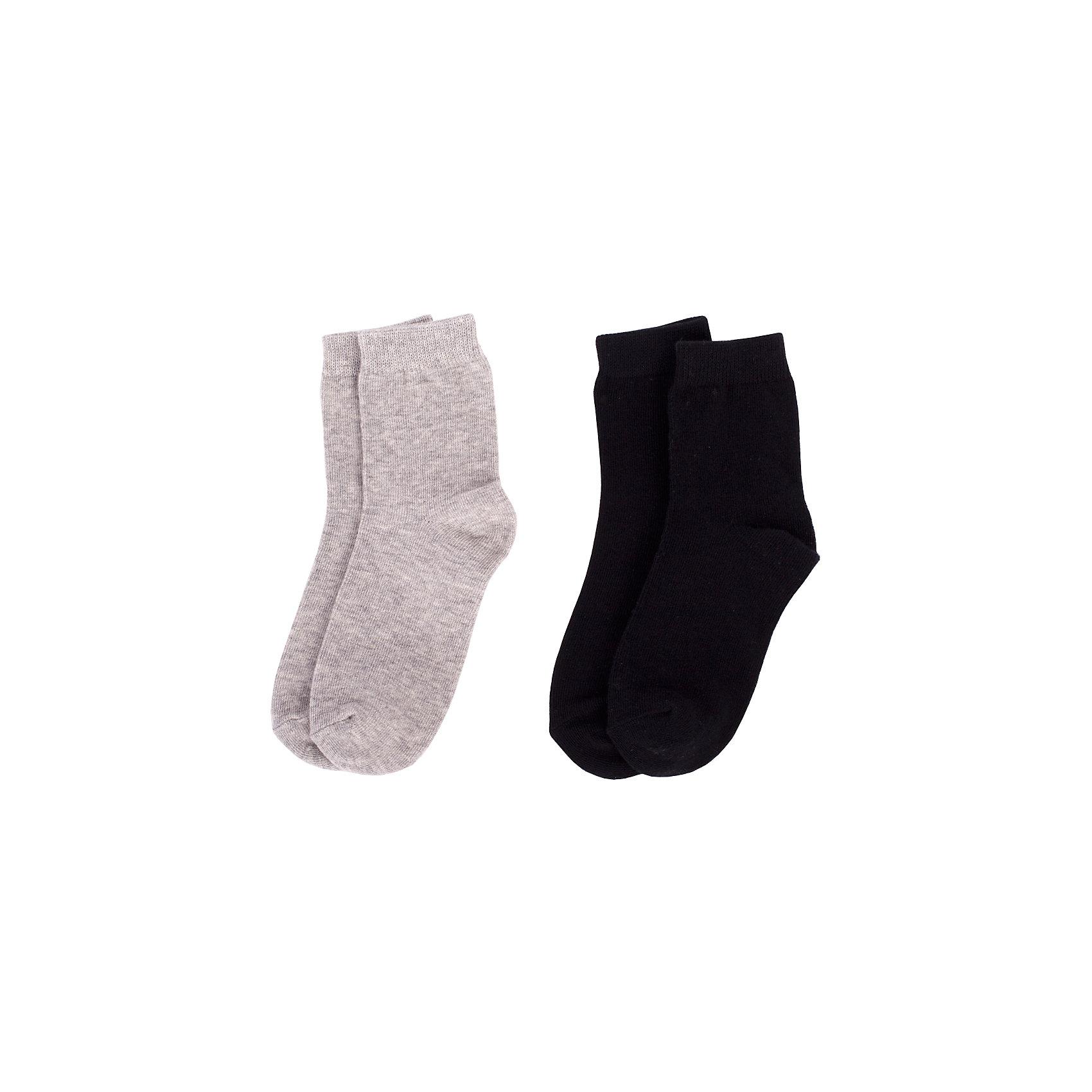 Носки BUTTON BLUE для мальчикаНоски<br>Носки BUTTON BLUE для мальчика<br>Детские носки - необходимая вещь на каждый день. И их в гардеробе ребенка должно быть немало. Если вы решили дополнить осенне-зимний гардероб ребенка хлопковыми носками, вам необходимо купить комплект из трех пар. Вы думаете, что хорошие и недорогие носки - это невозможно? Носки от Button Blue убедят вас в обратном!<br>Состав:<br>80%хлопок 18%полиамид 2% эластан<br><br>Ширина мм: 87<br>Глубина мм: 10<br>Высота мм: 105<br>Вес г: 115<br>Цвет: черный/серый<br>Возраст от месяцев: 15<br>Возраст до месяцев: 18<br>Пол: Мужской<br>Возраст: Детский<br>Размер: 22,14,16,20<br>SKU: 7039412