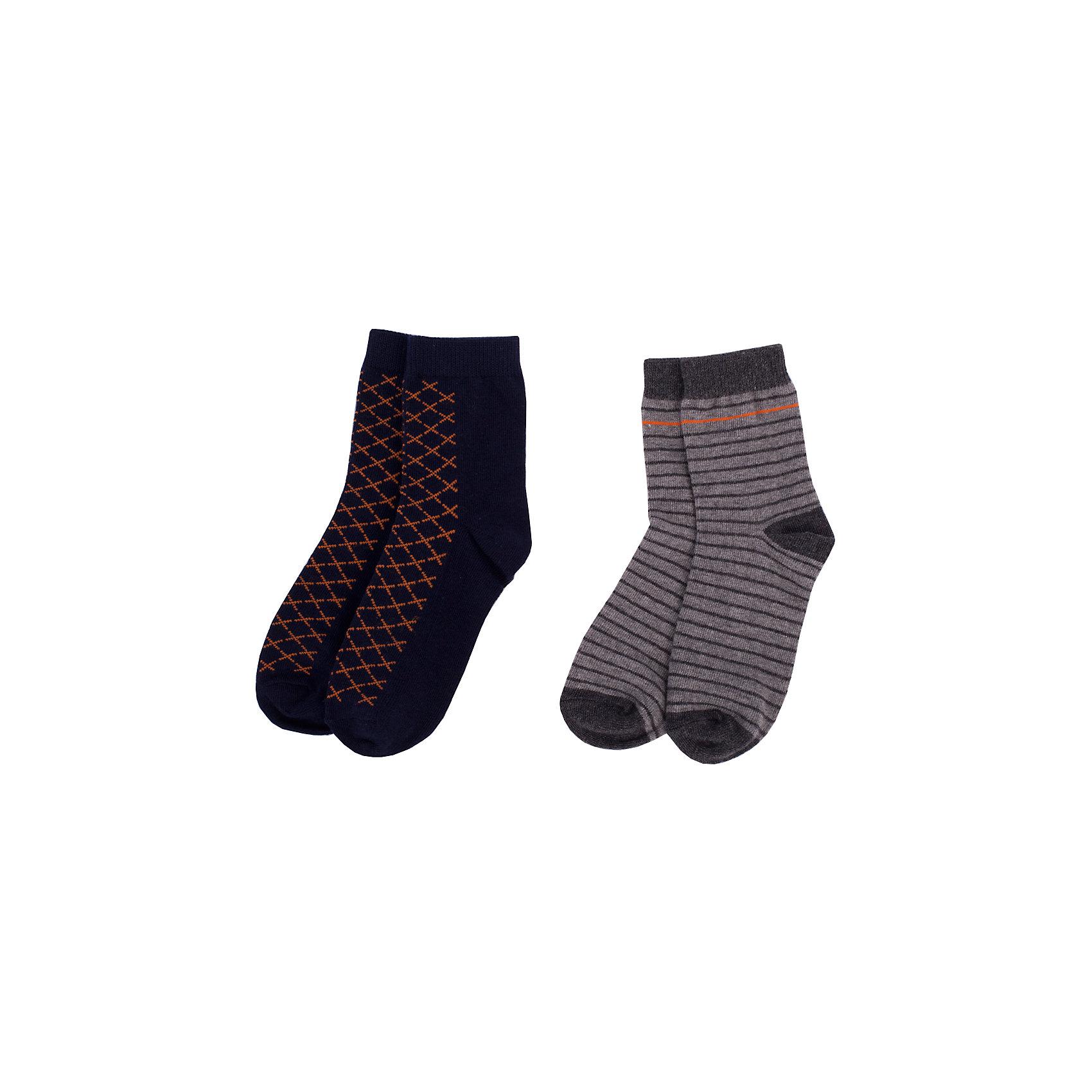 Носки BUTTON BLUE для мальчикаНоски<br>Носки BUTTON BLUE для мальчика<br>Детские носки - необходимая вещь на каждый день. И их в гардеробе ребенка должно быть немало. Если вы решили дополнить осенне-зимний гардероб ребенка хлопковыми носками, вам необходимо купить комплект из трех пар. Вы думаете, что хорошие и недорогие носки - это невозможно? Носки от Button Blue убедят вас в обратном!<br>Состав:<br>80%хлопок 18%полиамид 2% эластан<br><br>Ширина мм: 87<br>Глубина мм: 10<br>Высота мм: 105<br>Вес г: 115<br>Цвет: темно-синий<br>Возраст от месяцев: 15<br>Возраст до месяцев: 18<br>Пол: Мужской<br>Возраст: Детский<br>Размер: 22,14,16,20<br>SKU: 7039417