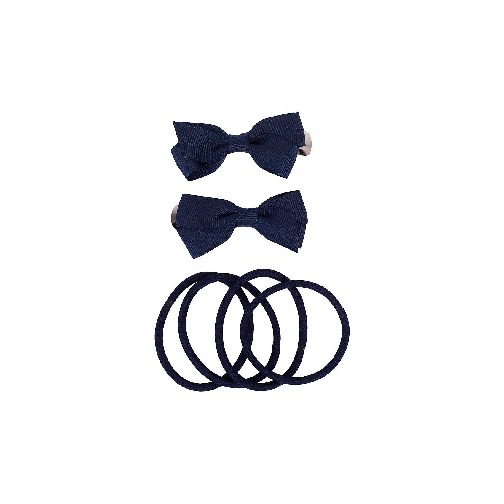 Комплект заколок и резинок, 6 шт. Button Blue для девочкиАксессуары<br>Характеристики товара:<br><br>• цвет: синий;<br>• материал: сталь, полиэстер, эластан;<br>• в комплекте: 2 заколки, 6 резинок;<br>• заколки в виде бантиков;<br>• 6 эластичный резинок;<br>• страна бренда: Россия;<br>• страна изготовитель: Китай.<br><br>Комплект заколок и резинок Button Blue (Баттон Блю) можно купить в нашем интернет-магазине.<br><br>Ширина мм: 170<br>Глубина мм: 157<br>Высота мм: 67<br>Вес г: 117<br>Цвет: синий<br>Возраст от месяцев: 60<br>Возраст до месяцев: 168<br>Пол: Женский<br>Возраст: Детский<br>Размер: one size<br>SKU: 7039736