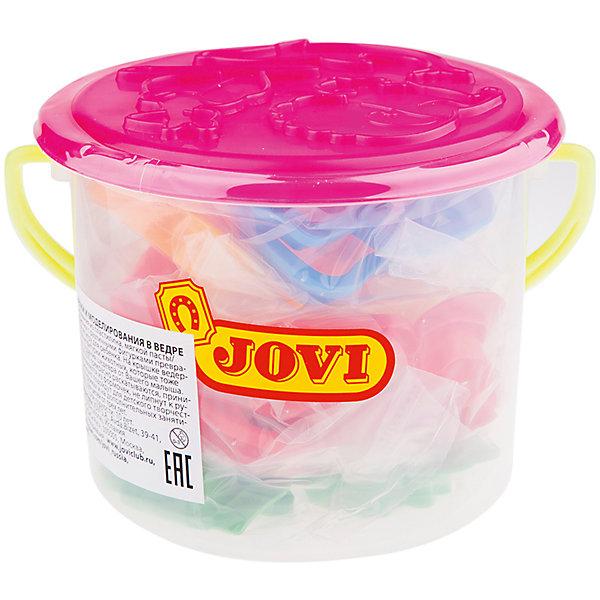 Набор для лепки формочки 24 шт JOVI, в ведреНаборы для лепки игровые<br>Характеристики:<br><br>• материал: пластик;<br>• размер упаковки: 15х15х13см.;<br>• вес упаковки: 250г.;<br>• для детей в возрасте: от 3лет.;<br>• страна производитель: Испания.<br><br>Набор для лепки бренда Jovi (Джови) станет отличным помощником для малышей, занимающихся лепкой. Он создан из качественных, экологически чистых материалов, что очень важно для детских <br><br> Набор пластиковых инструментов создан для лепки поделок из пластилина, мягкой пасты и специального теста. В него входят двадцать четыре формочки в виде фигурок. Применяя его можно превратить процесс лепки в интересную игру, что надолго увлечёт малыша. Упаковкой служит красивое пластмассовое ведёрко с крышкой.<br><br>Использование специального набора поможет детям совершенствовать творческие способности, мелкую моторику, чувство самовыражения, фантазию и аккуратность.<br> <br>Набор для лепки можно купить в нашем интернет-магазине.<br>Ширина мм: 150; Глубина мм: 150; Высота мм: 130; Вес г: 250; Возраст от месяцев: 36; Возраст до месяцев: 2147483647; Пол: Унисекс; Возраст: Детский; SKU: 7044260;