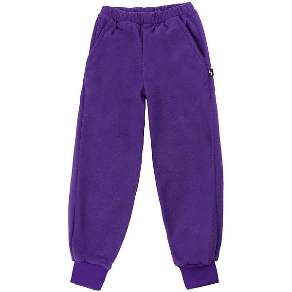 Штаны Бабочка ЛисФлисФлис и термобелье<br>Характеристики товара:<br><br>• цвет: фиолетовый;<br>• состав: 100% полиэстер, флис (280 гр);<br>• сезон: зима ;<br>• штаны на резинке;<br>• эластичные манжеты внизу брючин;<br>• два прорезных кармана;<br>• страна бренда: Россия;<br>• страна производства: Россия.<br><br>Флисовые штаны на резинкедля девочки. Изделие можно одевать как поддеву (дополнительный утепляющий слой) под мембранную одежду при минусовой температуре. А как самостоятельный элемент одежды (верхний слой) от +10 градусов. Прочная молния комбинезона расстегивается и застегивается одним движением руки. Штаны выполнены в однотонном фиолетовом цвете.<br><br>Штаны Бабочка ЛисФлис для девочки можно купить в нашем интернет-магазине.<br>Ширина мм: 215; Глубина мм: 88; Высота мм: 191; Вес г: 336; Цвет: лиловый; Возраст от месяцев: 12; Возраст до месяцев: 15; Пол: Унисекс; Возраст: Детский; Размер: 80,146,140,134,128,122,116,110,104,98,92,86; SKU: 7050354;