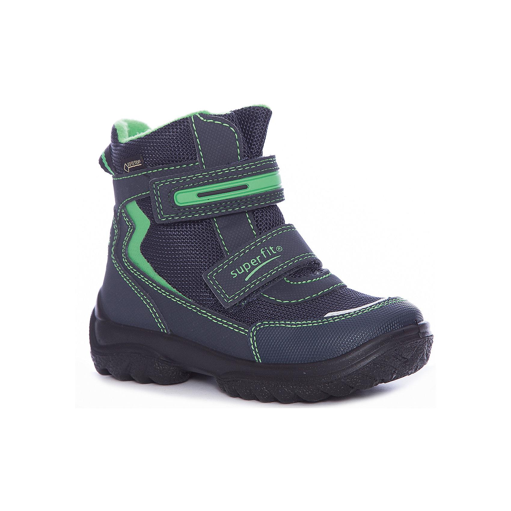 Ботинки Superfit для мальчикаБотинки<br>Характеристики товара:<br><br>• цвет: синий/зеленый<br>• внешний материал: текстиль<br>• внутренний материал: текстиль<br>• стелька: шерсть<br>• подошва: полимер<br>• сезон: зима<br>• мембранные<br>• температурный режим: от +5 до -25<br>• особенности модели: спортивный стиль<br>• застежка: липучка<br>• защита мыса <br>• анатомические <br>• подошва не скользит<br>• страна бренда: Австрия<br>• страна изготовитель: Румыния<br><br>Зимние сапоги с мембраной Gore-Tex имеют устойчивую подошву и удобную застежку. Сапоги для мальчика Superfit легко надеваются и хорошо держатся на ноге благодаря надежной липучке. <br><br>Сапоги для мальчика Superfit (Суперфит) можно купить в нашем интернет-магазине.<br><br>Ширина мм: 257<br>Глубина мм: 180<br>Высота мм: 130<br>Вес г: 420<br>Цвет: синий<br>Возраст от месяцев: 21<br>Возраст до месяцев: 24<br>Пол: Мужской<br>Возраст: Детский<br>Размер: 24,35,25,26,27,28,29,30,31,32,33,34<br>SKU: 7051007