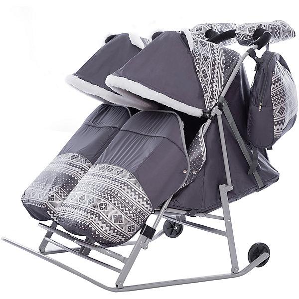 Санки-коляска для двойни ABC Academy 2В Твин Скандинавия на серой раме, серыйСанки-коляски<br>Характеристики:<br><br>• санки-коляски для двойни;<br>• независимое раскладывание спинок (один ребенок может лежать, другой сидеть)<br>• автоматический механизм сложения;<br>• регулируемая спинка сиденья, 3 позиции наклона;<br>• система 5-ти точечных ремней безопасности;<br>• защитный бампер перед ребенком, регулирование капюшонов, отдельные накидки на ножки;<br>• большой капюшон декорирован меховыми ушками;<br>• капюшон и накидка с меховой отделкой;<br>• алюминиевая подножка, диаметр перекладины  4 см;<br>• диаметр полозьев: 3 см;<br>• высота родительской ручки регулируется;<br>• диаметр колес 12 см;<br>• обрезиненные колеса;<br>• тип складывания: книжка;<br>• санки-коляска складывается вместе с капюшоном и накидкой на ножки;<br>• в комплекте муфта для рук, сумка для мамы, чехол на ножки;<br>• тип крепления: на кнопках;<br>• допустимая нагрузка: до 60 кг;<br>• ширина каждого сидения: 38 см;<br>• размер санок для двойни: 120х80х40 см;<br>• материал: металл, полиэстер, водоотталкивающий материал дюспа.<br><br>Санки-коляску ABC academy Скандинавия 2В ТвинСерый на серой раме можно купить в нашем интернет-магазине.<br><br>Ширина мм: 1200<br>Глубина мм: 820<br>Высота мм: 200<br>Вес г: 12800<br>Цвет: серый<br>Возраст от месяцев: 0<br>Возраст до месяцев: 36<br>Пол: Унисекс<br>Возраст: Детский<br>SKU: 7068130