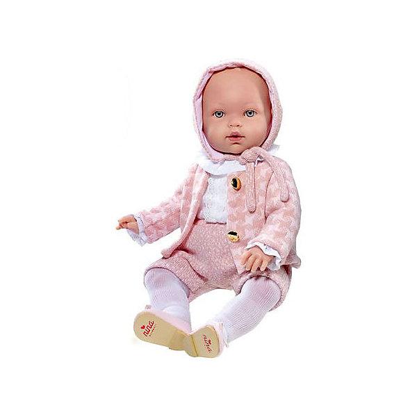 Кукла Vestida de Azul Марина-инфанта в праздничном костюмеКуклы<br>Характеристики:<br><br>• вес: 1,350кг.;<br>• материал: винил, текстиль;<br>• упаковка: коробка;<br>• размер упаковки:47х16х25см.;<br>• для детей в возрасте: от 3 лет;<br>• страна производитель: Испания.<br><br>Кукла «Марина-инфанта в праздничном костюме» бренда Vestida de Azul (Вестида Де Азул) станет желанным подарком для маленькой девочки. Она создана из высококачественных, экологически чистых материалов, что очень важно для детских товаров.<br><br>Милая кукла малышка умеющая плакать, в шикарном наряде не оставит равнодушной ни одну девочку. Игрушка имеет оптимальный размер, её рост составляет сорок пять сантиметров. У неё мягкое тельце, а ножки и ручки хорошо двигаются. Марину можно брать с собой в путешествия и на прогулки, чтобы показывать подружкам и играть вместе сними.<br><br>Играя с куклой дети могут создавать свой стиль в одежде, развивать социальные навыки, фантазию, креативность.<br><br>Куклу «Марина-инфанта в праздничном костюме» можно купить в нашем интернет-магазине.<br>Ширина мм: 470; Глубина мм: 160; Высота мм: 250; Вес г: 1350; Возраст от месяцев: 36; Возраст до месяцев: 2147483647; Пол: Женский; Возраст: Детский; SKU: 7073760;