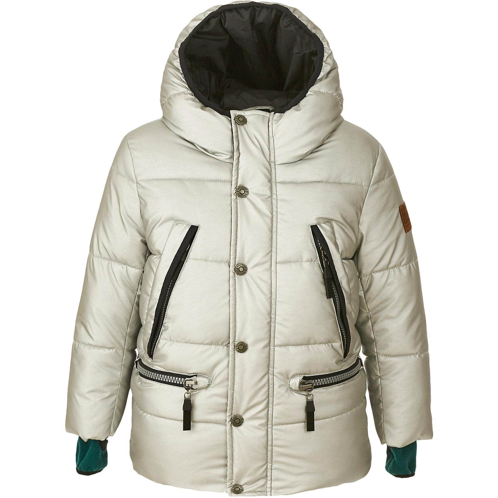 Полупальто Gulliver для мальчикаВерхняя одежда<br>Полупальто Gulliver для мальчика<br>Какими должны быть куртки для мальчиков? Модными или практичными, красивыми или функциональными? Отправляясь на шопинг, мамы мальчиков должны ответить на эти непростые вопросы. Куртка из коллекции Навигатор упрощает задачу, потому что сочетает в себе все лучшие характеристики детских курток для мальчиков. Модная форма, интересный цвет: серебристый металлик, комфортная длина, множество выразительных функциональных и декоративных деталей делают куртку яркой и привлекательной. Эта куртка с капюшоном подарит своему обладателю прекрасный внешний вид, удобство, индивидуальность. Если вы решили купить модную куртку, эта модель - достойный выбор!<br>Состав:<br>верх: 100% полиэстер; подкладка: 100% полиэстер; утеплитель: иск.пух 100% полиэстер<br><br>Ширина мм: 356<br>Глубина мм: 10<br>Высота мм: 245<br>Вес г: 519<br>Цвет: серебряный<br>Возраст от месяцев: 60<br>Возраст до месяцев: 72<br>Пол: Мужской<br>Возраст: Детский<br>Размер: 116,98,104,110<br>SKU: 7076728