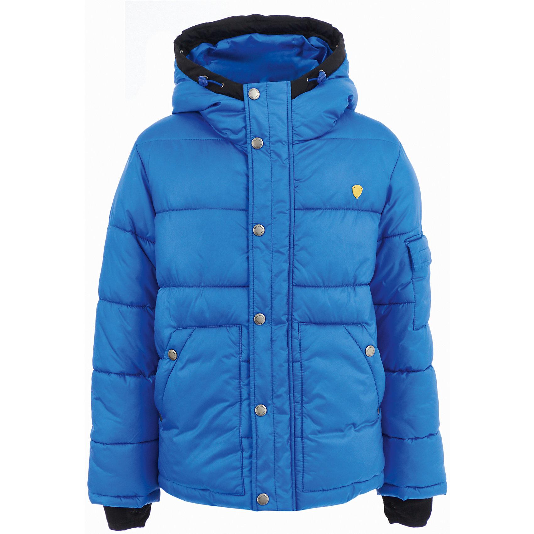 Куртка Gulliver для мальчикаДемисезонные куртки<br>Куртка Gulliver для мальчика<br>Модную или комфортную? Красивую или практичную?... Если вы хотите купить куртку для мальчика, помните, что хорошая куртка должна сочетать в себе все необходимые требования к внешнему виду и функциональности! Именно такая, детская куртка от Gulliver, - отличный вариант для осенней погоды. Стильный дизайн: яркий цвет, крупный принт, брендированная нашивка на рукаве не позволят пройти мимо, не обратив на себя внимания! Удобная форма, комфортная длина, удачная конструкция модели, не препятствующая свободе движений, а также все необходимые элементы для защиты от ветра сделают куртку незаменимым атрибутом осеннего гардероба.<br>Состав:<br>верх: 100% полиэстер; подкладка: 100% полиэстер; утеплитель: иск.пух 100% полиэстер<br><br>Ширина мм: 356<br>Глубина мм: 10<br>Высота мм: 245<br>Вес г: 519<br>Цвет: синий<br>Возраст от месяцев: 108<br>Возраст до месяцев: 120<br>Пол: Мужской<br>Возраст: Детский<br>Размер: 140,122,128,134<br>SKU: 7077078