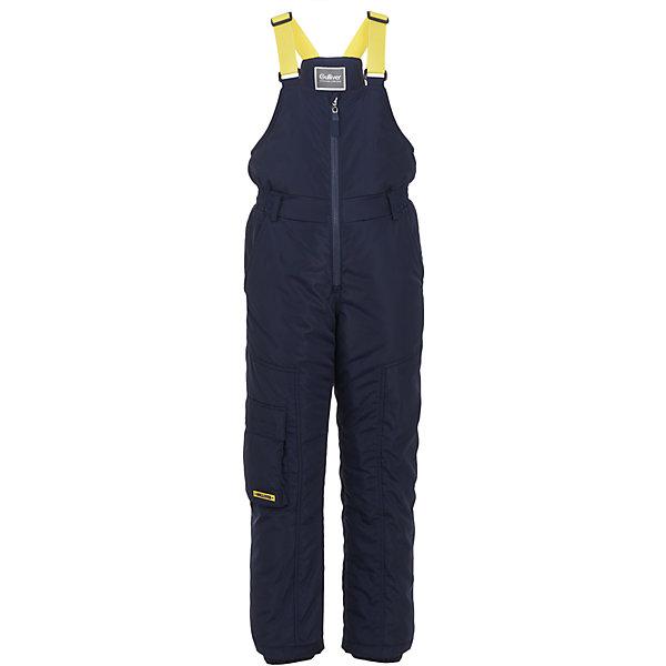 Полукомбинезон Gulliver для мальчикаВерхняя одежда<br>Характеристики товара:<br><br>• цвет: синий;<br>• состав: 100% полиэстер;<br>• подкладка: 100% полиэстер, флис;<br>• утеплитель: 100% полиэстер;<br>• сезон: демисезон;<br>• температурный режим: от +10 до -10С;<br>• особенности: непромокаемый;<br>• непромокаемая ткань;<br>• застежка: молния с защитой от защемления;<br>• наличие шлевок;<br>• снегозащитный манжет внизу брючин;<br>• два накладных кармана сзади;<br>• два прорезных боковых кармана;<br>• боковой карман на клапане;<br>• коллекция: Арбитр;<br>• страна бренда: Россия;<br>• страна изготовитель: Китай.<br><br>Непромокаемый детский полукомбинезон! Удачная конструкция, выверенные пропорции не создают ненужного объема, мешающего свободе движений. Лямки изделия имеют удобный регулятор длины, позволяющий носить полукомбинезон не один сезон. Плотный протектор повышает износостойкость. Внутренний манжет с фиксирующей резинкой гарантирует непопадание снега в обувь.<br><br>Полукомбинезон Gulliver (Гулливер) можно купить в нашем интернет-магазине.<br>Ширина мм: 215; Глубина мм: 88; Высота мм: 191; Вес г: 336; Цвет: синий; Возраст от месяцев: 72; Возраст до месяцев: 84; Пол: Мужской; Возраст: Детский; Размер: 122,140,134,128; SKU: 7077098;