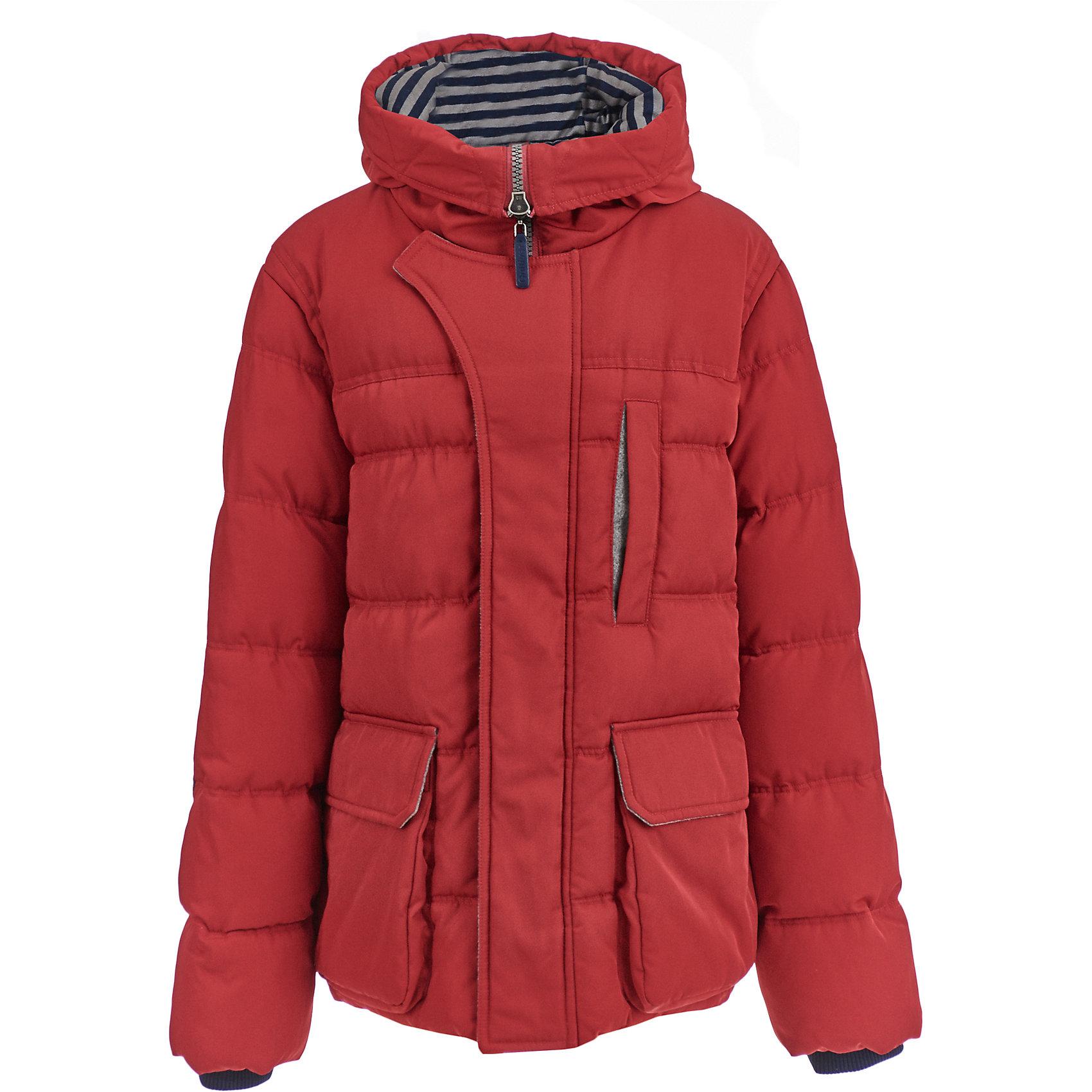Куртка Gulliver для мальчикаДемисезонные куртки<br>Куртка Gulliver для мальчика<br>Купить куртку - такую задачу ставят перед собой мамы мальчиков, отправляясь на осенний шопинг. Хорошая утепленная куртка для мальчика - вещь совершенно необходимая! Новый осенне-зимний сезон требует идти в ногу со временем, быть стильным, актуальным, современным! Модная стеганая куртка-пиджак - именно то, что нужно подростку! Она выглядит интересно, солидно, достойно, придавая осеннему образу мальчика особую элегантность. При этом, куртка удобна, не стесняет движений и позволяет мальчику быть самим собой, т.к. очень практична и комфортна. Изюминка модели в дополнительной детали, защищающей от ветра и имитирующей модную многослойность.<br>Состав:<br>верх: 100% полиэстер; подкладка: 100% полиэстер; утеплитель: 100% полиэстер<br><br>Ширина мм: 356<br>Глубина мм: 10<br>Высота мм: 245<br>Вес г: 519<br>Цвет: красный<br>Возраст от месяцев: 156<br>Возраст до месяцев: 168<br>Пол: Мужской<br>Возраст: Детский<br>Размер: 164,146,152,158<br>SKU: 7077309