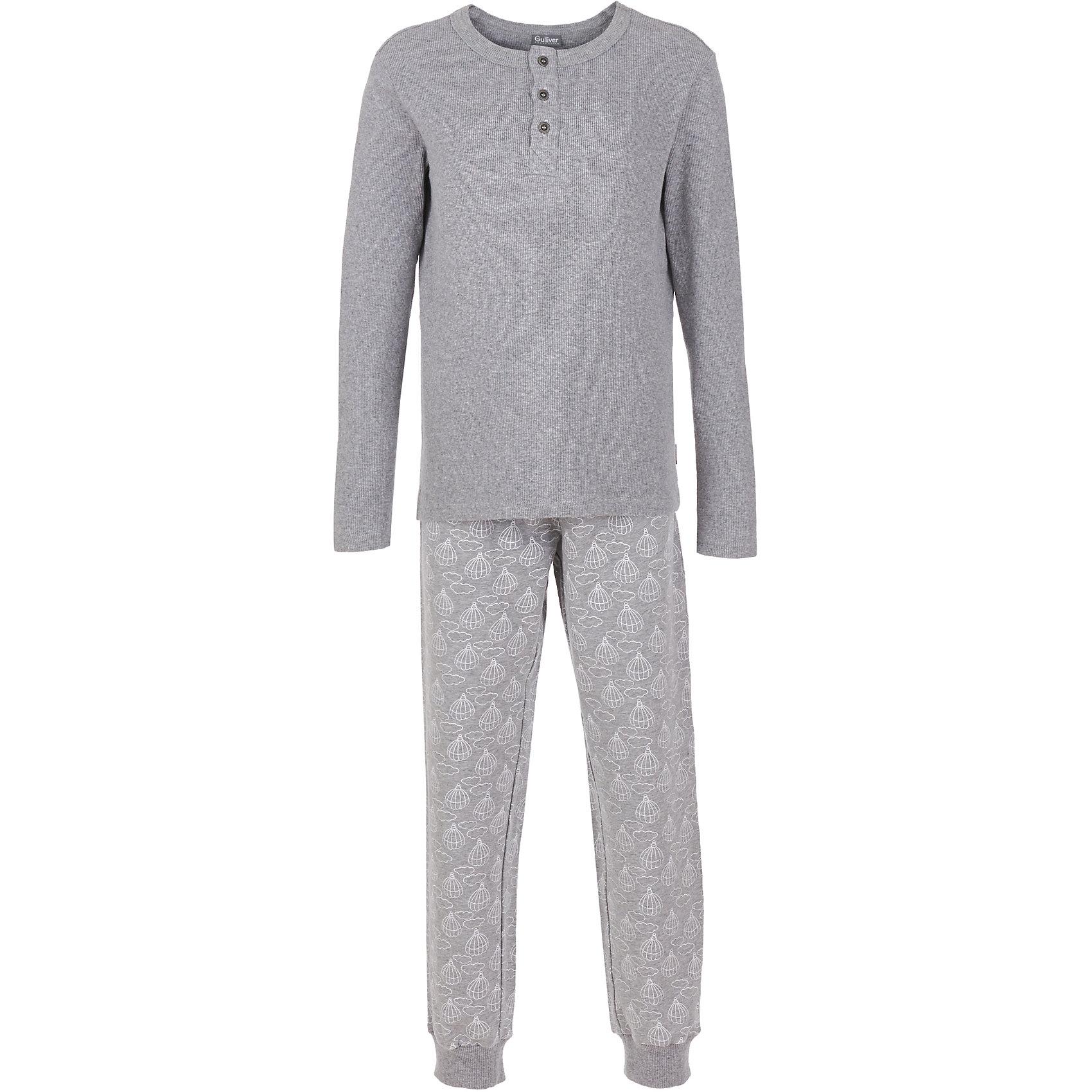 Пижама Gulliver для мальчикаПижамы и сорочки<br>Пижама Gulliver для мальчика<br>Белье для мальчика должно быть красивым и качественным! - учить ребенка этому важному правилу лучше не на словах, а подтверждая его своими поступками. Пижама для мальчика с оригинальным принтом - прекрасное решение для интересной вечерней сказки, комфортного сна и счастливого пробуждения. Мягкая, нежная, с ненавязчивым мелким рисунком и изящными деталями, детская пижама от Gulliver подчеркнет уютную домашнюю атмосферу и создаст отличное настроение.<br>Состав:<br>Футболка: 97% хлопок 3% эластан / Брюки: 95% хлопок 5% эластан<br><br>Ширина мм: 281<br>Глубина мм: 70<br>Высота мм: 188<br>Вес г: 295<br>Цвет: серый<br>Возраст от месяцев: 120<br>Возраст до месяцев: 132<br>Пол: Мужской<br>Возраст: Детский<br>Размер: 146,158,98,110,122,134<br>SKU: 7078127