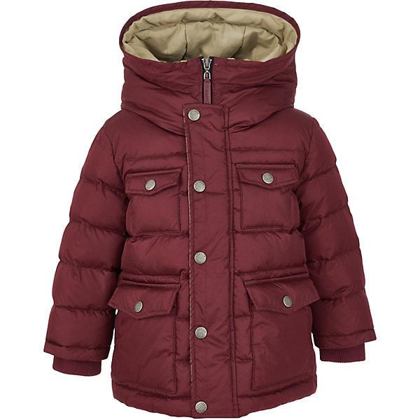 Полупальто Gulliver для мальчикаВерхняя одежда<br>Характеристики товара:<br><br>• цвет: бордовый;<br>• состав: 100% полиэстер;<br>• подкладка: 100% хлопок;<br>• утеплитель: 100% полиэстер, искусственный пух;<br>• сезон: зима;<br>• температурный режим: от 0 до -20С;<br>• особенности: стеганое;<br>• застежка: молния с дополнительной планкой на кнопках;<br>• хлопковая подкладка;<br>• капюшон не отстегивается;<br>• внутренние трикотажные манжеты;<br>• два накладных кармана спереди;<br>• два накладный нагрудных кармана;<br>• коллекция: Воздушная регата;<br>• страна бренда: Россия;<br>• страна изготовитель: Китай.<br><br>Куртка из коллекции Воздушная регата упрощает задачу, потому что сочетает в себе все лучшие характеристики детских курток для мальчиков. Модная форма, комфортная длина, комбинация фактур, множество интересных функциональных и декоративных деталей делают куртку яркой и привлекательной. Эта куртка с контрастной отделкой подарит своему обладателю прекрасный внешний вид, удобство и индивидуальность.<br><br>Куртку Gulliver (Гулливер) можно купить в нашем интернет-магазине.<br><br>Ширина мм: 356<br>Глубина мм: 10<br>Высота мм: 245<br>Вес г: 519<br>Цвет: бордовый<br>Возраст от месяцев: 24<br>Возраст до месяцев: 36<br>Пол: Мужской<br>Возраст: Детский<br>Размер: 98,116,110,104<br>SKU: 7078623