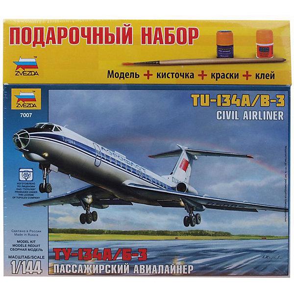 Сборная модель Звезда Пассажирский авиалайнер ТУ-134А/Б-3, 1:144 (подарочный набор)Самолеты и вертолеты<br>Характеристики товара: <br><br>• возраст: от 10 лет;<br>• материал: пластик;<br>• в комплекте: 154 детали, клей, кисточка, краски;<br>• масштаб: 1:144;<br>• размер собранной модели: 53 см;<br>• размер упаковки: 27,5х30,5х5 см;<br>• вес упаковки: 410 гр.;<br>• страна производитель: Россия.<br><br>Сборная модель Звезда «Пассажирский авиалайнер ТУ-134А/Б-3» позволит собрать из деталей уменьшенную копию самолета, легенды отечественной гражданской авиации.<br><br>Сборные модели от компании Звезда отличаются высокой степенью детализации и позволяют собирать модели многих популярных видов военной техники. В процессе сборки ребенок расширяет свой кругозор, знакомится с видами техники и историческими фактами, развивает усидчивость, внимательность, аккуратность.<br><br>Сборную модель Звезда «Пассажирский авиалайнер ТУ-134А/Б-3» можно приобрести в нашем интернет-магазине.<br><br>Ширина мм: 306<br>Глубина мм: 276<br>Высота мм: 50<br>Вес г: 410<br>Возраст от месяцев: 36<br>Возраст до месяцев: 180<br>Пол: Мужской<br>Возраст: Детский<br>SKU: 7086516