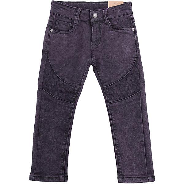 Брюки Sweet Berry для девочкиБрюки<br>Брюки Sweet Berry для девочки<br>Ультрамодные джинсовые брюки для девочки темно-фиолетового цвета с оригинальной варкой и вышивкой. Зауженный крой, средняя посадка. Застегиваются на молнию и крючок. Шлевки на поясе рассчитаны под ремень. В боковой части пояса находятся вшитые эластичные ленты, регулирующие посадку по талии.<br>Состав:<br>98% хлопок, 2% спандекс<br><br>Ширина мм: 215<br>Глубина мм: 88<br>Высота мм: 191<br>Вес г: 336<br>Цвет: лиловый<br>Возраст от месяцев: 24<br>Возраст до месяцев: 36<br>Пол: Женский<br>Возраст: Детский<br>Размер: 98,128,122,116,110,104<br>SKU: 7094006