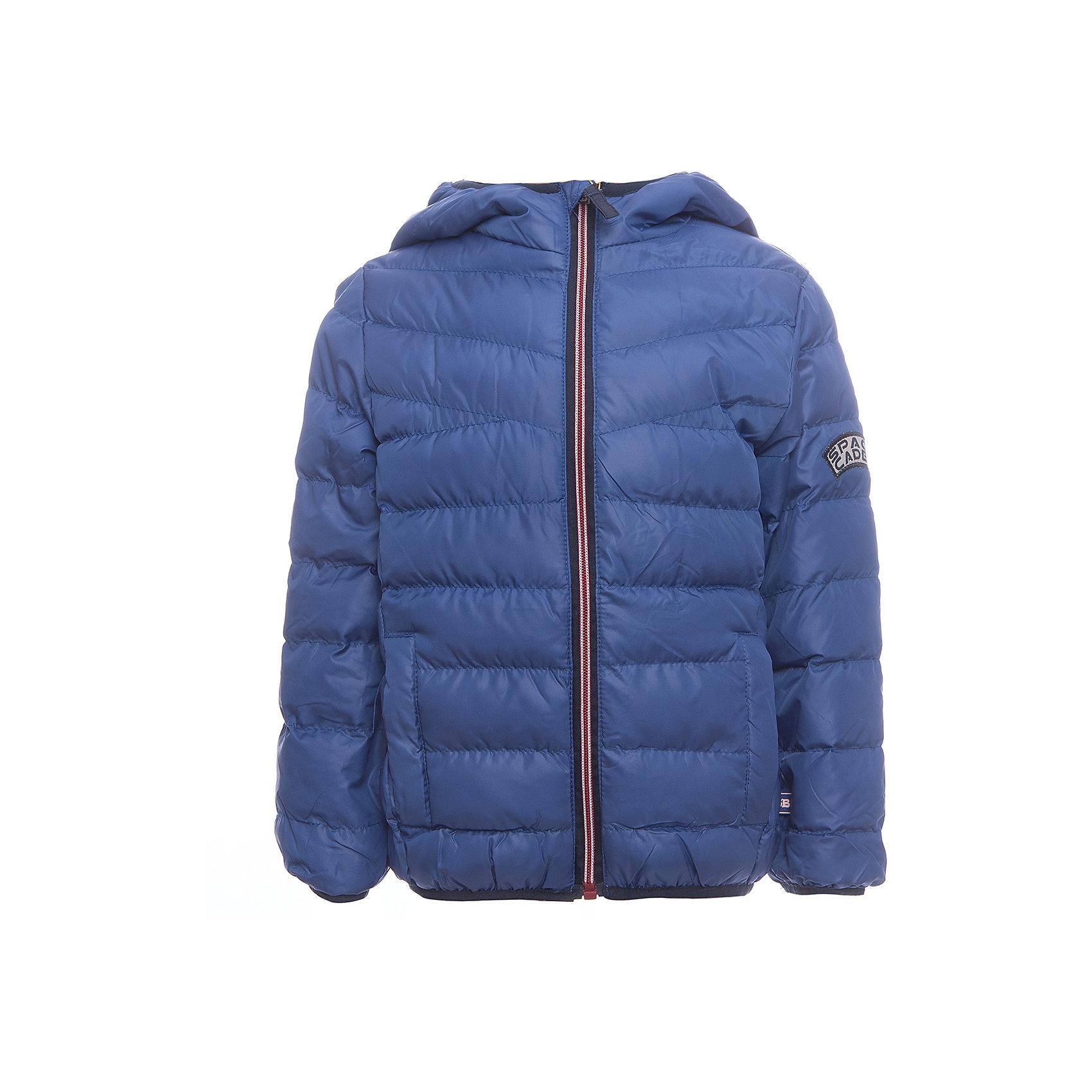 Куртка Sweet Berry для мальчикаДемисезонные куртки<br>Куртка Sweet Berry для мальчика<br>Яркая стеганая куртка с несъемным капюшоном для мальчика. Два прорезных кармана. Капюшон, рукава и низ изделия с контрастной окантовочной резинкой. Куртка застегивается на молнию.<br>Состав:<br>Верх: 100% полиэстер Подкладка: 100% полиэстер Наполнитель 100% полиэстер<br><br>Ширина мм: 356<br>Глубина мм: 10<br>Высота мм: 245<br>Вес г: 519<br>Цвет: синий<br>Возраст от месяцев: 84<br>Возраст до месяцев: 96<br>Пол: Мужской<br>Возраст: Детский<br>Размер: 128,98,104,110,116,122<br>SKU: 7094615