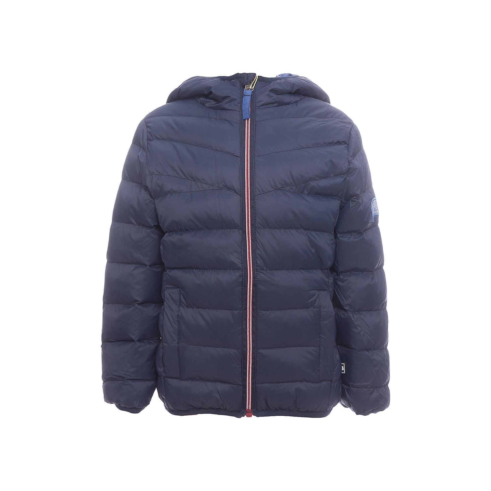 Куртка Sweet Berry для мальчикаВерхняя одежда<br>Куртка Sweet Berry для мальчика<br>Модная стеганая куртка с несъемным капюшоном для мальчика. Два прорезных кармана. Капюшон, рукава и низ изделия оформлены контрастной окантовочной резинкой. Куртка застегивается на молнию.<br>Состав:<br>Верх: 100% нейлон Подкладка: 100% полиэстер Наполнитель 100% полиэстер<br><br>Ширина мм: 356<br>Глубина мм: 10<br>Высота мм: 245<br>Вес г: 519<br>Цвет: синий<br>Возраст от месяцев: 84<br>Возраст до месяцев: 96<br>Пол: Мужской<br>Возраст: Детский<br>Размер: 128,98,104,110,116,122<br>SKU: 7094749