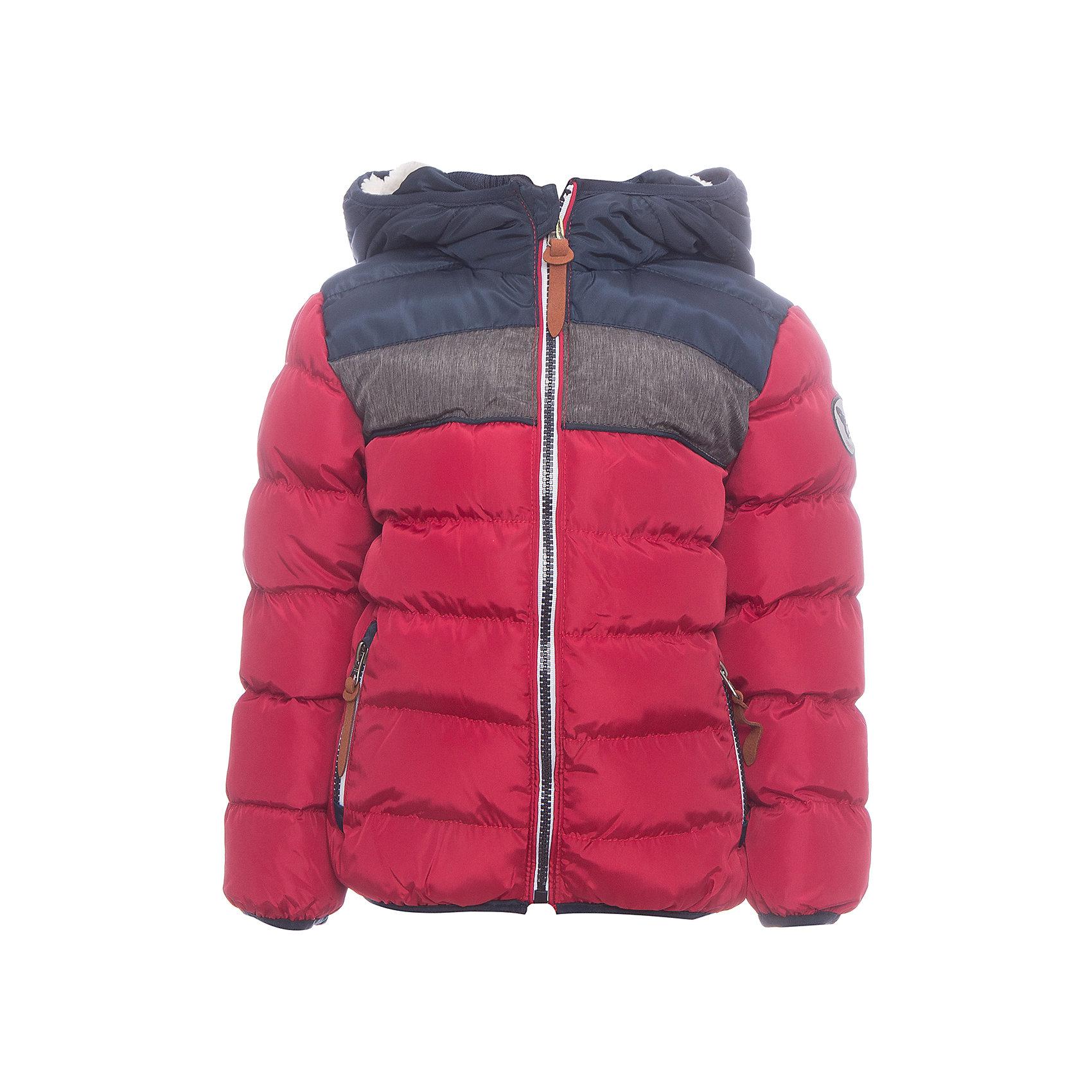 Куртка Sweet Berry для мальчикаВерхняя одежда<br>Куртка Sweet Berry для мальчика<br>Утепленная стеганная куртка для мальчика выполнена из трех контрастных цветов. Несъемный капюшон.  Два прорезных кармана застегивающиеся на молнию. Флисовая подкладка.  Капюшон, рукава и низ изделия оформлены контрастной окантовочной резинкой. Куртка застегивается на молнию.<br>Состав:<br>Верх: 100% полиэстер Подкладка: 100% полиэстер Наполнитель 100% полиэстер<br><br>Ширина мм: 356<br>Глубина мм: 10<br>Высота мм: 245<br>Вес г: 519<br>Цвет: бордовый<br>Возраст от месяцев: 84<br>Возраст до месяцев: 96<br>Пол: Мужской<br>Возраст: Детский<br>Размер: 128,98,104,110,116,122<br>SKU: 7094756