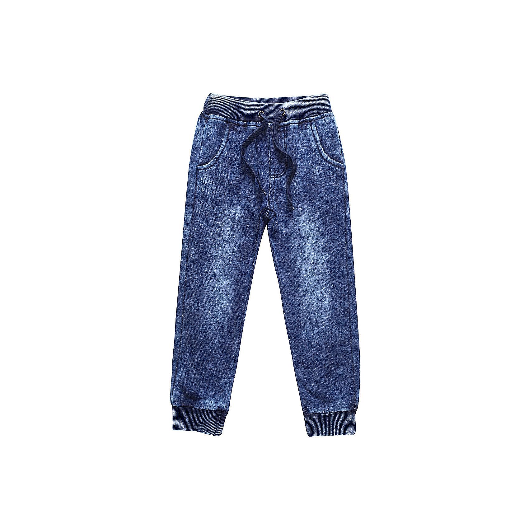 Брюки Sweet Berry для мальчикаДжинсы<br>Брюки Sweet Berry для мальчика<br>Трикотажные брюки для мальчика темно-синего цвета декорированные оригинальной варкой под джинсу, низ брючин собран на мягкие манжеты. Пояс-резинка дополнен шнуром для регулирования объема по талии.<br>Состав:<br>98% хлопок, 2% спандекс<br><br>Ширина мм: 215<br>Глубина мм: 88<br>Высота мм: 191<br>Вес г: 336<br>Цвет: синий<br>Возраст от месяцев: 84<br>Возраст до месяцев: 96<br>Пол: Мужской<br>Возраст: Детский<br>Размер: 128,98,104,110,116,122<br>SKU: 7094840