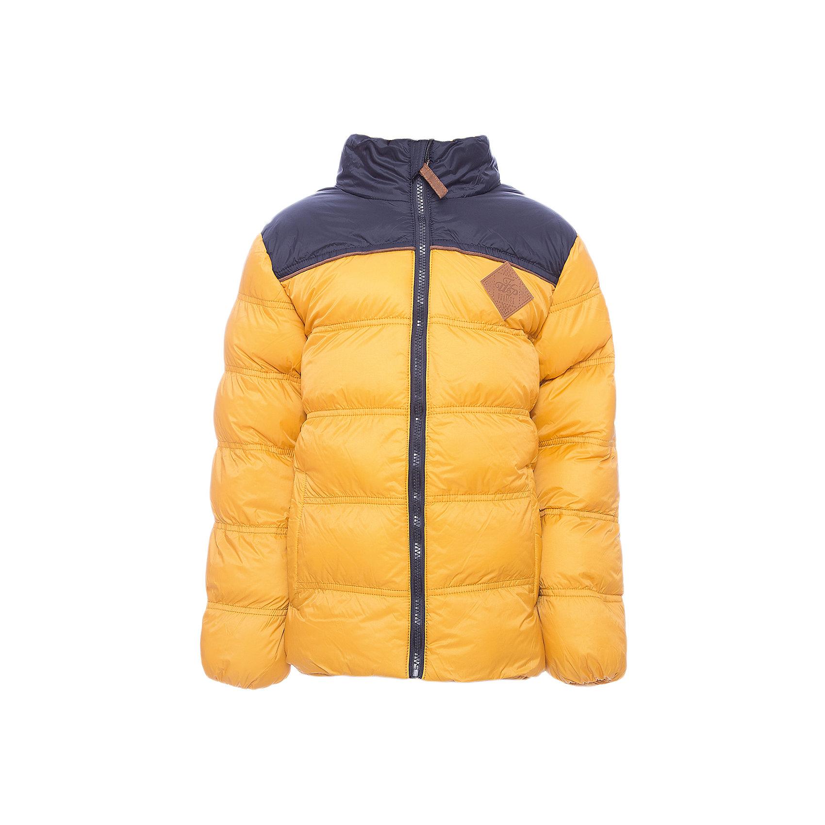 Куртка Luminoso для мальчикаВерхняя одежда<br>Куртка Luminoso для мальчика<br>Куртка для мальчиков утепленная, на флисовой подкладке, выполнена из ткани двух цветов, что отвечает последним тенденциям детской моды. Декорирована с<br>Состав:<br>Верх: 100% нейлон, Подкладка: 100% полиэстер,        Наполнитель: 100% полиэстер<br><br>Ширина мм: 356<br>Глубина мм: 10<br>Высота мм: 245<br>Вес г: 519<br>Цвет: желтый<br>Возраст от месяцев: 156<br>Возраст до месяцев: 168<br>Пол: Мужской<br>Возраст: Детский<br>Размер: 164,134,140,146,152,158<br>SKU: 7095284