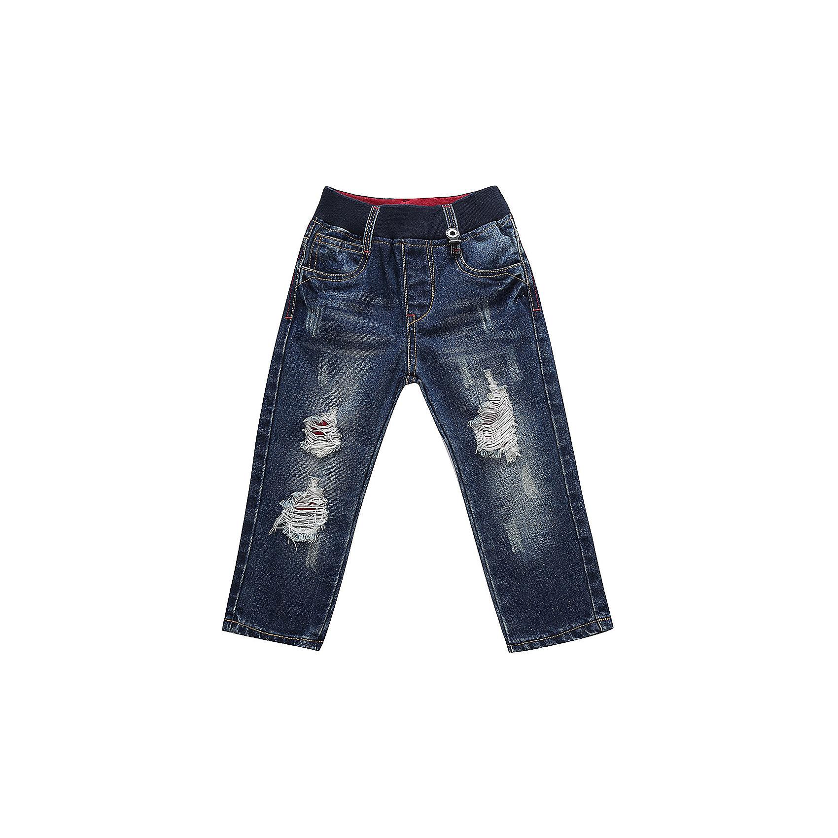 Брюки Sweet Berry для мальчикаДжинсы<br>Брюки Sweet Berry для мальчика<br>Модные джинсовые брюки для мальчика с эффектом рваной джинсы на мягком эластичном поясе.  Прямой крой.Шлевки на поясе рассчитаны под ремень<br>Состав:<br>100% хлопок<br><br>Ширина мм: 215<br>Глубина мм: 88<br>Высота мм: 191<br>Вес г: 336<br>Цвет: синий<br>Возраст от месяцев: 24<br>Возраст до месяцев: 36<br>Пол: Мужской<br>Возраст: Детский<br>Размер: 98,80,86,92<br>SKU: 7095609