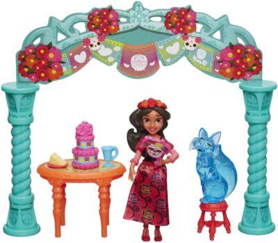 Набор с мини-куклой Hasbro Disney Princess Елена - принцесса Авалона , Елена на празднике