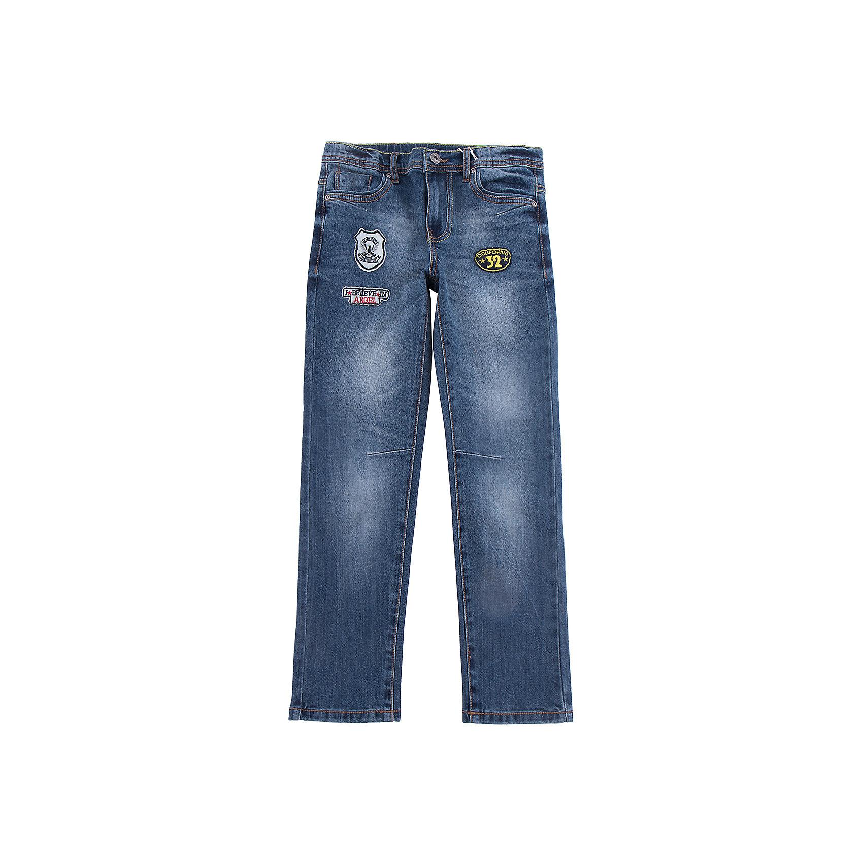 Джинсы Scool для мальчикаДжинсовая одежда<br>Джинсы Scool для мальчика<br>Брюки - джинсы из смесовой ткани с высоким содержанием хлопка. Классическая 5-ти карманная модель со шлевками. При необходимости можно использовать ремень. В качестве декора использованы потертости.<br>Состав:<br>65% хлопок, 32% полиэстер, 3% эластан<br><br>Ширина мм: 215<br>Глубина мм: 88<br>Высота мм: 191<br>Вес г: 336<br>Цвет: синий<br>Возраст от месяцев: 156<br>Возраст до месяцев: 168<br>Пол: Мужской<br>Возраст: Детский<br>Размер: 164,134,140,146,152,158<br>SKU: 7104901