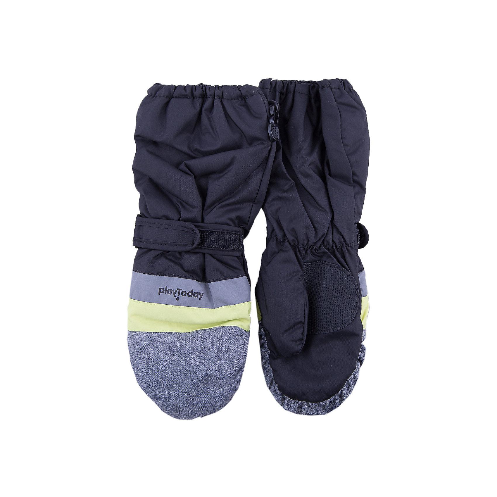 Варежки PlayToday для мальчикаПерчатки, варежки<br>Варежки PlayToday для мальчика<br>Теплые рукавицы из непромокаемого материала защитят руки ребенка при холодной погоде. Модель на подкладке из теплого флиса. Удлиненные запястья дополнены резинками для дополнительного сохранения тепла.<br>Состав:<br>Верх: 100% полиэстер, Подкладка: 100% полиэстер, Наполнитель: 100% полиэстер<br><br>Ширина мм: 162<br>Глубина мм: 171<br>Высота мм: 55<br>Вес г: 119<br>Цвет: белый<br>Возраст от месяцев: 84<br>Возраст до месяцев: 96<br>Пол: Мужской<br>Возраст: Детский<br>Размер: 4,2,3<br>SKU: 7106054