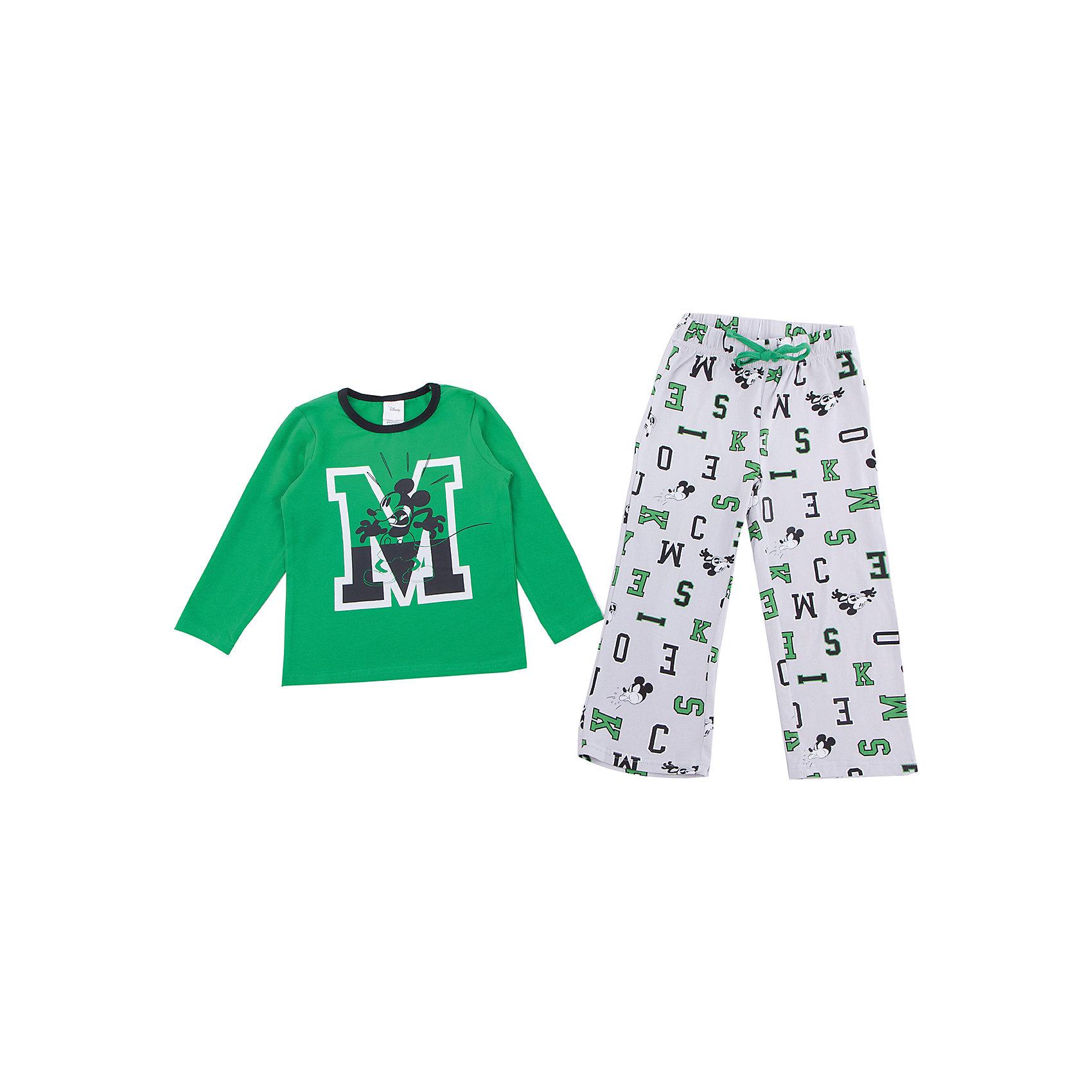 Комплект: футболка с длинным рукавом и брюки PlayToday для мальчикаКомплекты<br>Комплект: футболка с длинным рукавом и брюки PlayToday для мальчика<br>Комплект из футболки с длинным рукавом и брюк может быть и домашней одеждой, и пижамой. Футболка дополнена ярким принтом. Пояс брюк на широкой резинке не сдавливающей живот ребенка, с регулируемым шнуром - кулиской. Свободный крой не сковывает движений ребенка.<br>Состав:<br>95% хлопок, 5% эластан<br><br>Ширина мм: 230<br>Глубина мм: 40<br>Высота мм: 220<br>Вес г: 250<br>Цвет: белый<br>Возраст от месяцев: 84<br>Возраст до месяцев: 96<br>Пол: Мужской<br>Возраст: Детский<br>Размер: 128,98,104,110,116,122<br>SKU: 7107641
