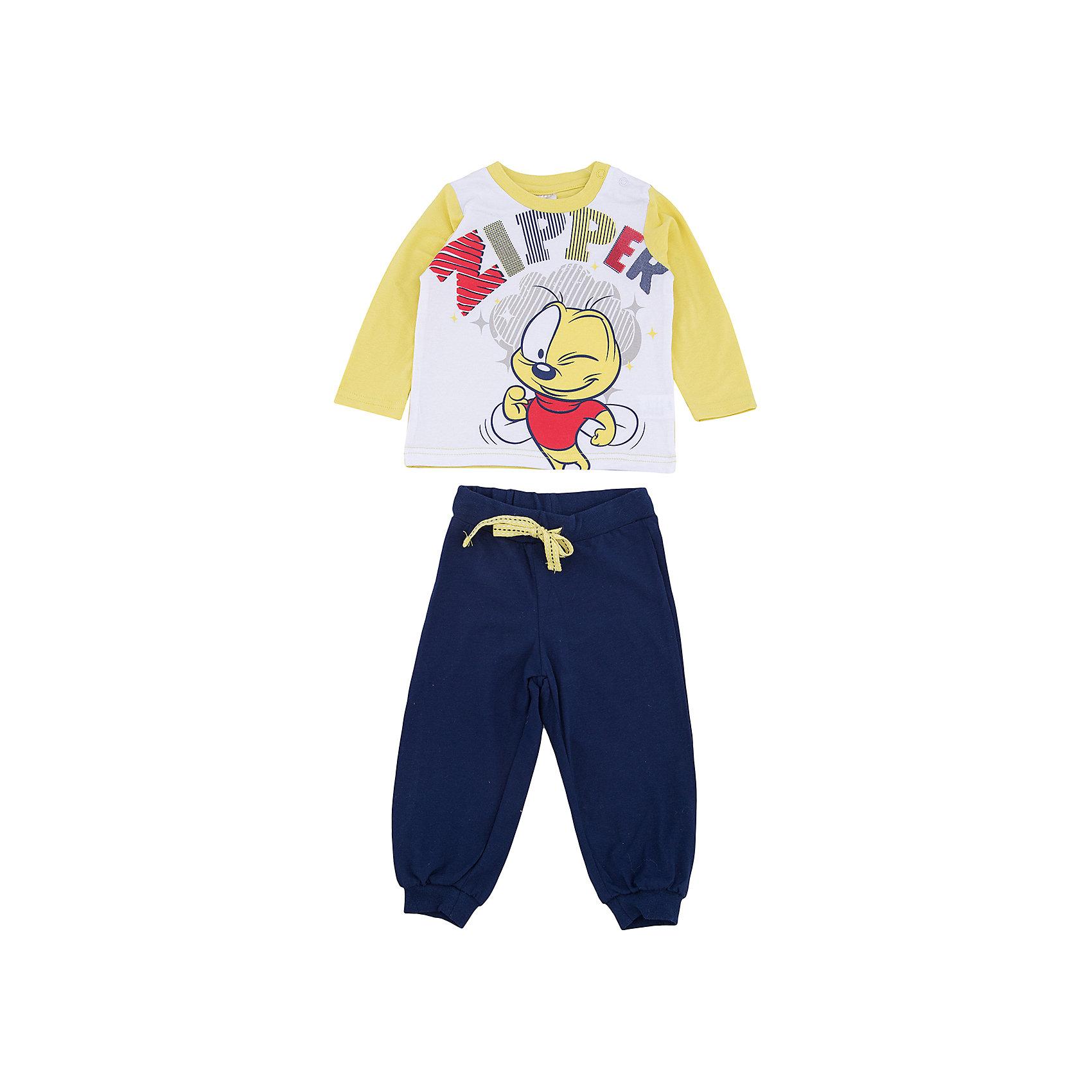 Комплект: футболка с длинным рукавом и брюки PlayToday для мальчикаКомплекты<br>Комплект: футболка с длинным рукавом и брюки PlayToday для мальчика<br>Комплект из футболки с длинным рукавом и брюк может быть и домашней, и спортивной одеждой. Натуральный, приятный к телу материал не сковывает движений. Пояс брюк на широкой мягкой резинке, дополнен регулируемым шнуром - кулиской. Низ штанин на мягких манжетах. Футболка декорирована ярким принтом. Горловина дополнена удобными застежками - кнопками.<br>Состав:<br>95% хлопок, 5% эластан<br><br>Ширина мм: 230<br>Глубина мм: 40<br>Высота мм: 220<br>Вес г: 250<br>Цвет: белый<br>Возраст от месяцев: 18<br>Возраст до месяцев: 24<br>Пол: Мужской<br>Возраст: Детский<br>Размер: 92,74,80,86<br>SKU: 7107733