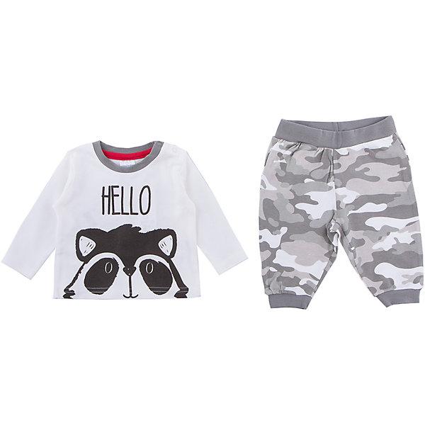 Комплект: футболка с длинным рукавом и брюки PlayToday для мальчикаКомплекты<br>Характеристики товара:<br><br>• цвет: серый<br>• комплектация: лонгслив и брюки<br>• состав ткани: 100% хлопок<br>• сезон: демисезон<br>• особенность модели: спортивный стиль<br>• застежка: кнопки<br>• длинные рукава<br>• пояс: резинка<br>• страна бренда: Германия<br>• страна изготовитель: Китай<br><br>Удобный детский комплект отличается мягкими швами и продуманным кроем. Трикотажный детский комплект состоит из лонгслива и брюк. Комплект для мальчика подойдет для занятий спортом. Комплект для детей сделан из легких качественных материалов. Детская одежда и обувь от европейского бренда PlayToday - выбор многих родителей. <br><br>Комплект: лонгслив и брюки PlayToday (ПлэйТудэй) для мальчика можно купить в нашем интернет-магазине.<br><br>Ширина мм: 230<br>Глубина мм: 40<br>Высота мм: 220<br>Вес г: 250<br>Цвет: белый<br>Возраст от месяцев: 0<br>Возраст до месяцев: 3<br>Пол: Мужской<br>Возраст: Детский<br>Размер: 56,74,68,62<br>SKU: 7110039
