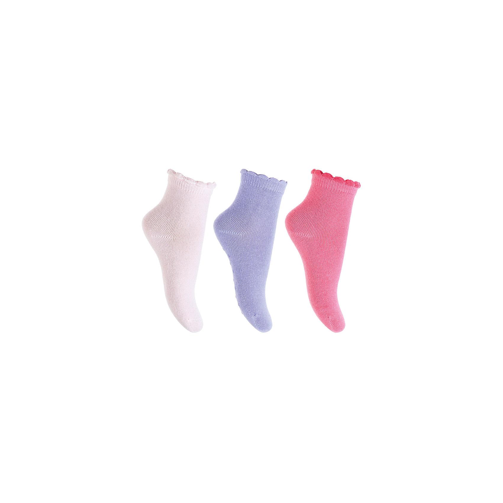 Носки, 3 пары  PlayToday для девочкиНосочки и колготки<br>Носки PlayToday для девочки<br>Носки с высоким содержанием натурального хлопка, не сковывают движений. Хорошо пропускают воздух, тем самым позволяя коже дышать.  Даже частые стирки, при условии соблюдений рекомендаций по уходу, не изменят ни форму, ни цвет изделия. На подошву одной пары нанесена аппликация из силикона, которая не позволит ребенку упасть, даже если он находится на скользкой поверхности.<br>Состав:<br>75% хлопок, 22% нейлон, 3% эластан<br><br>Ширина мм: 87<br>Глубина мм: 10<br>Высота мм: 105<br>Вес г: 115<br>Цвет: разноцветный<br>Возраст от месяцев: 18<br>Возраст до месяцев: 24<br>Пол: Женский<br>Возраст: Детский<br>Размер: 12,11<br>SKU: 7110256